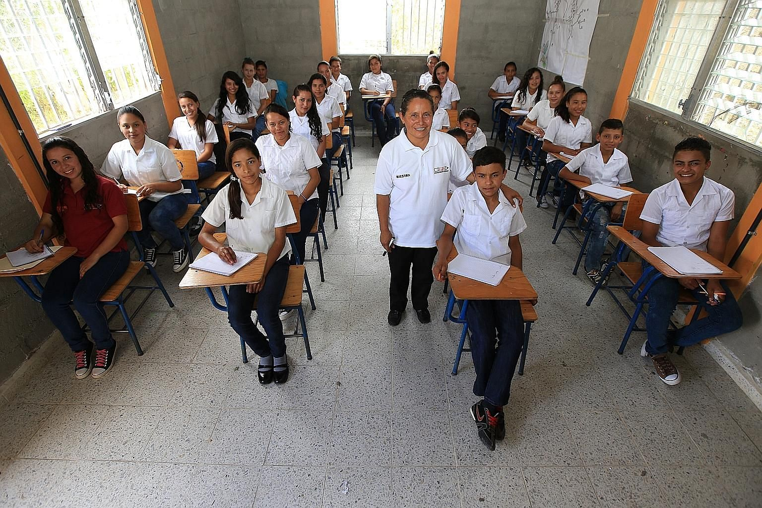 Educate2Envision is an educational programme in Honduras that aims to train entrepreneurial leaders. Since 2010, it has changed the lives of around 100 students from the rural communities of two villages.