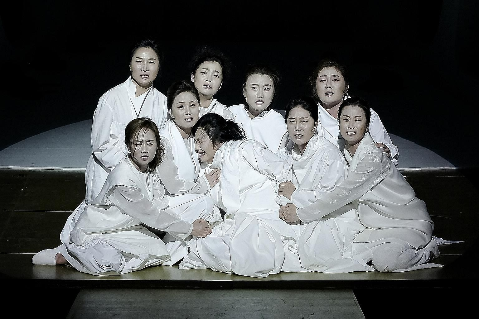 Trojan Women, based on Euripides' tragedy about the women who suffered after the fall of Troy, uses the Korean pansori tradition of musical storytelling.