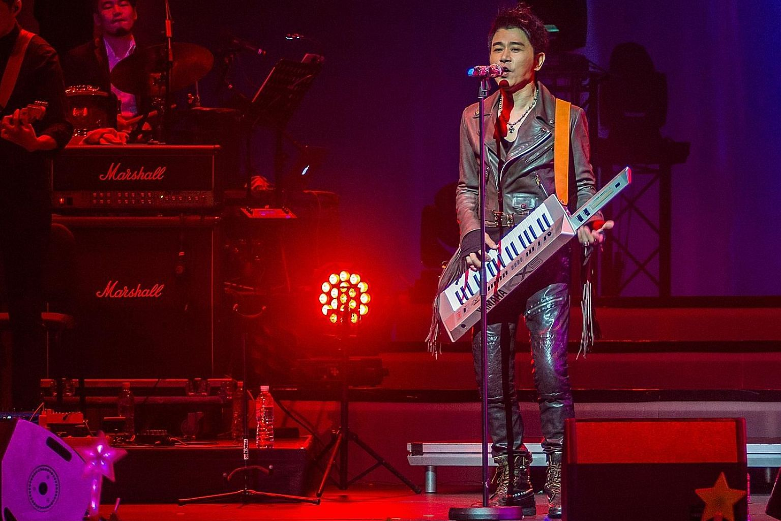 Mandopop veteran Sky Wu's concert at The Star Theatre lasted more than three hours.