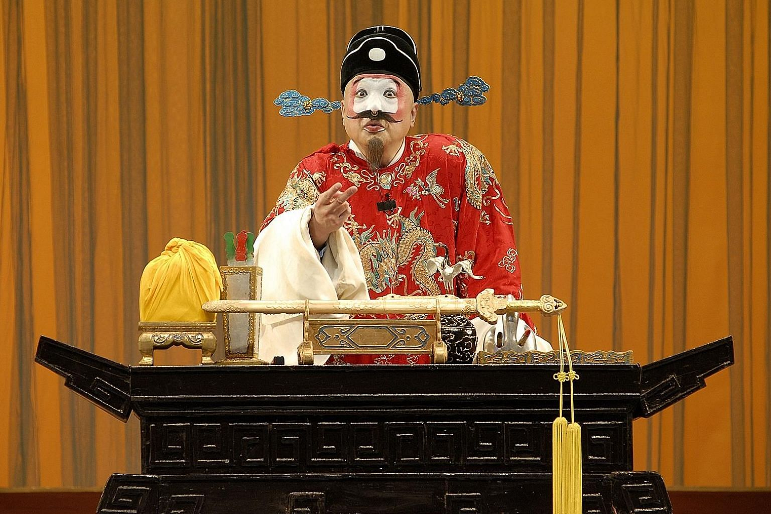 Veteran Peking opera star Zhu Shihui (above) in The Promotion Of Judge Xu, which is part of the Moonfest line-up.
