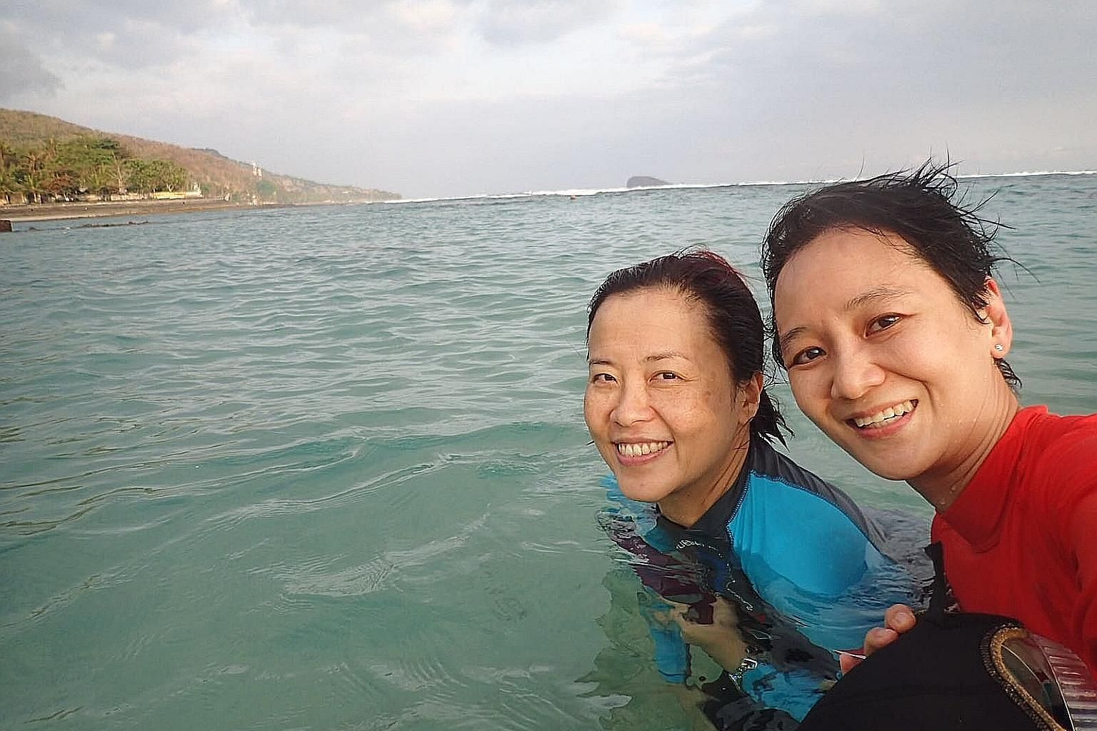 Dr Wong Yu Yi (right) with her friend, Ms Yap Shu Mei, who was with her during the fatal diving trip to Bali. Dr Wong went diving several times a year, did underwater photography, and enjoyed visiting hard-to-reach places to see the marine life.