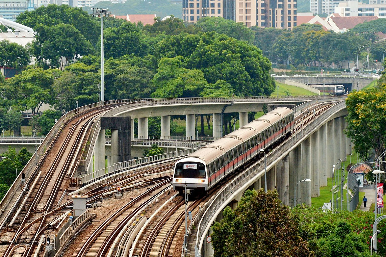 Many have questioned if Singapore is big enough a market for two rail operators. Certainly, there is some wastage in having two operators for such an engineering-intensive and capital-intensive industry, especially given the limited market size.