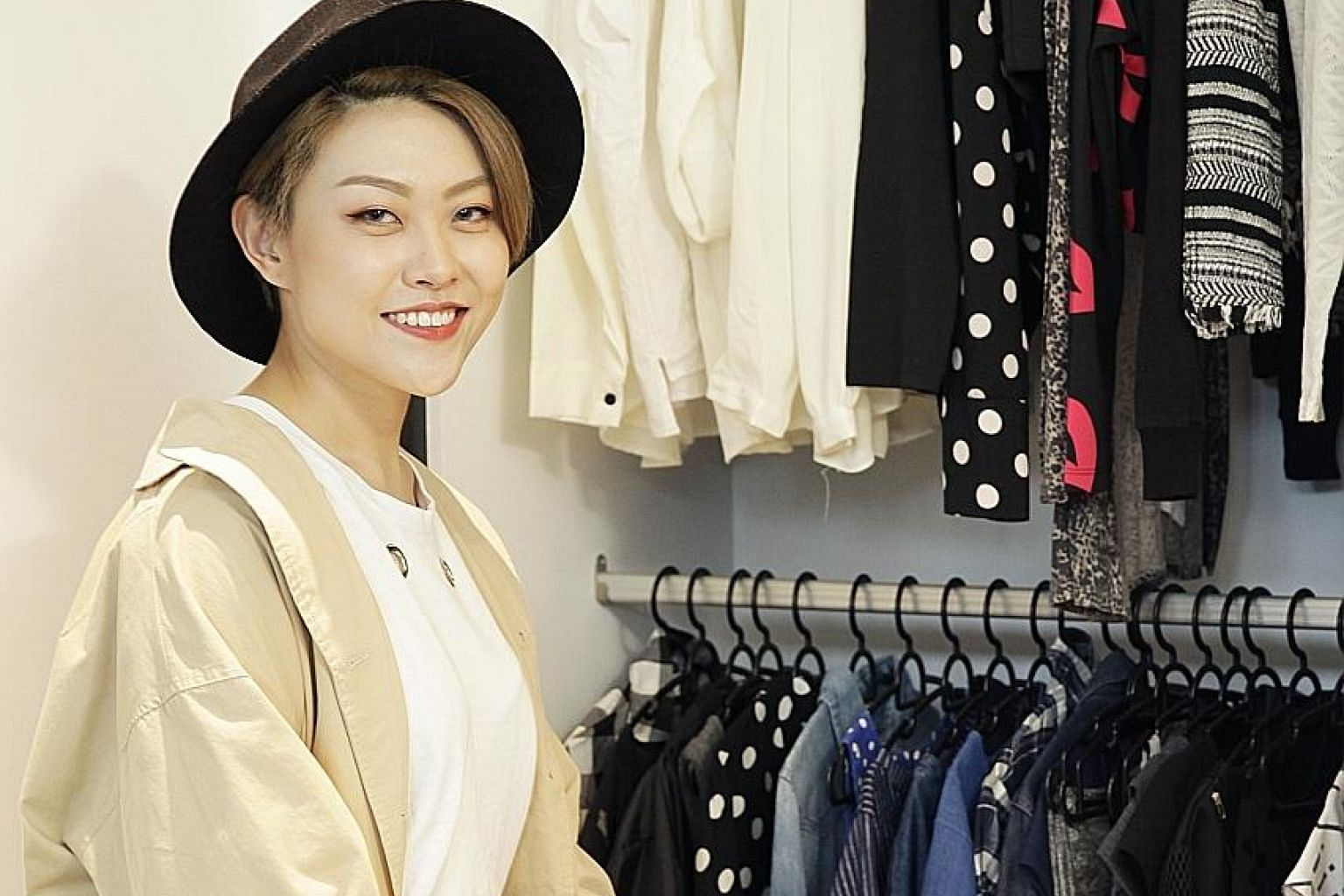 Besides clothes that are high-waisted, Ms Tee Yuyan (above) likes those in autumn shades and black and white.
