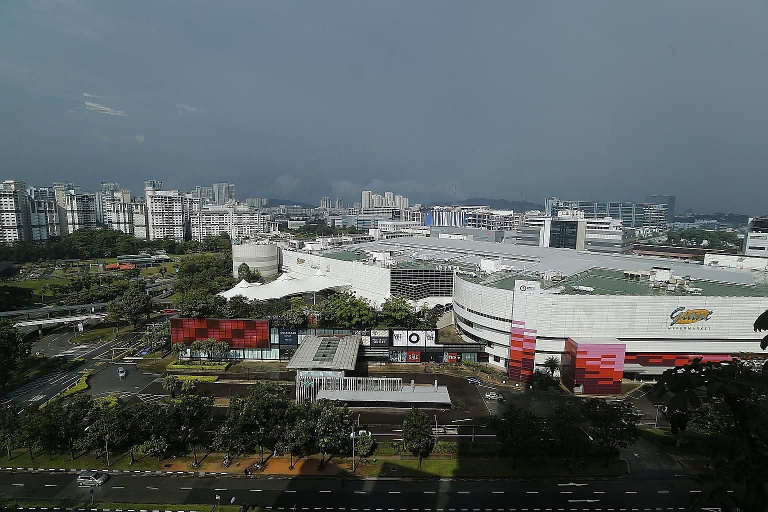 Jurong East's newly expanded IMM mall is famous for its many retail factory outlets. Four other malls - JCube, Jem, Westgate and Big Box - have sprung up in the area in the last five years.