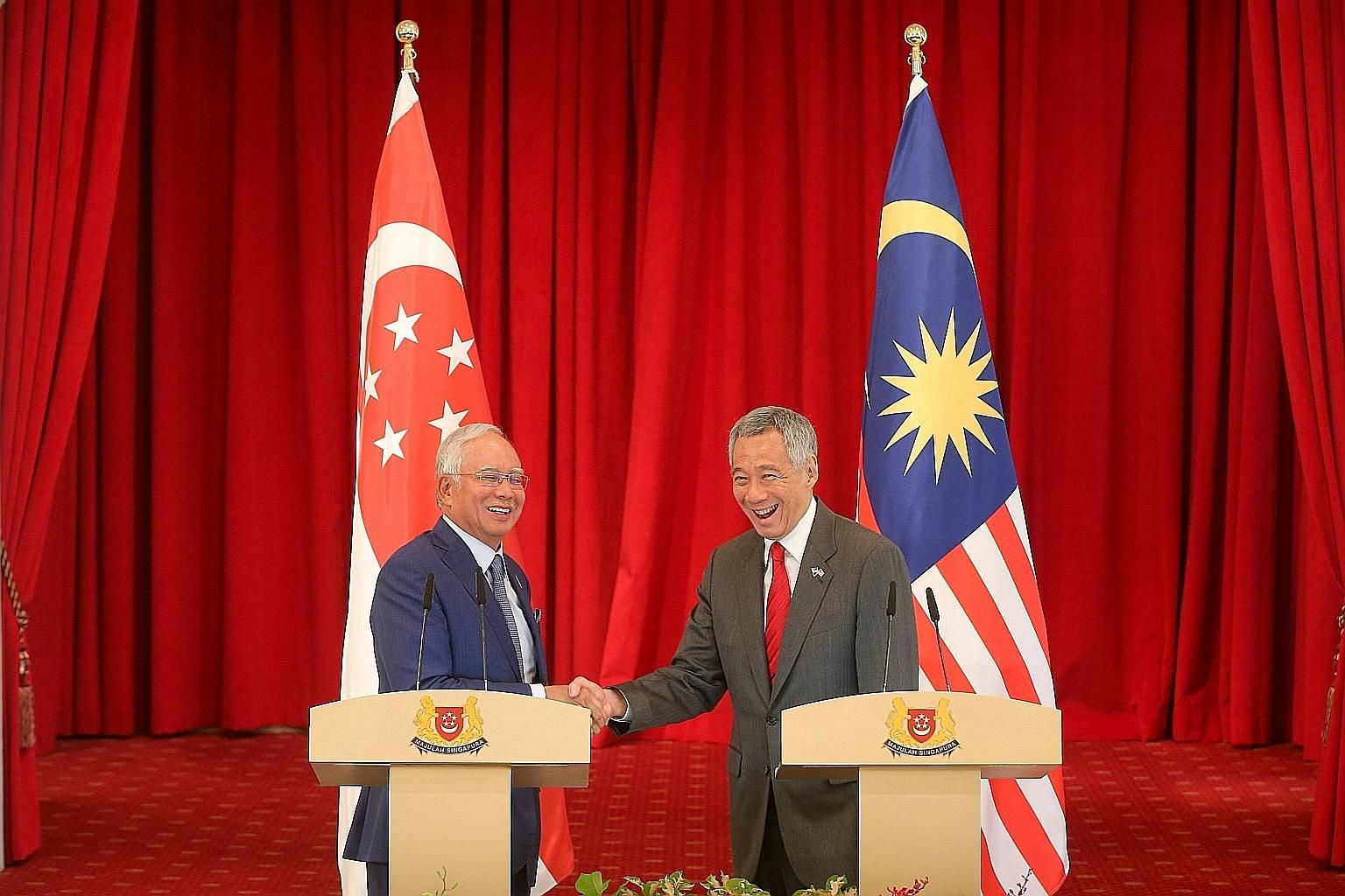 Prime Minister Lee Hsien Loong with his Malaysian counterpart Najib Razak at the Istana, where they held a press conference yesterday after the eighth Singapore-Malaysia Leaders' Retreat.