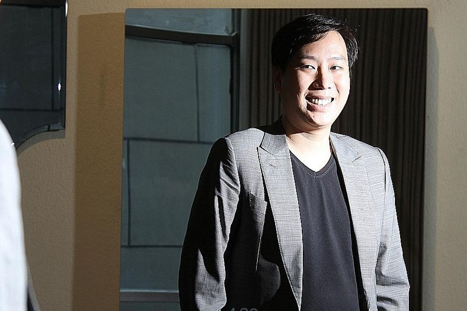 Founder of Fred Technologies Jonathan Yuan (above, with the Mirror), started the company in 2015.