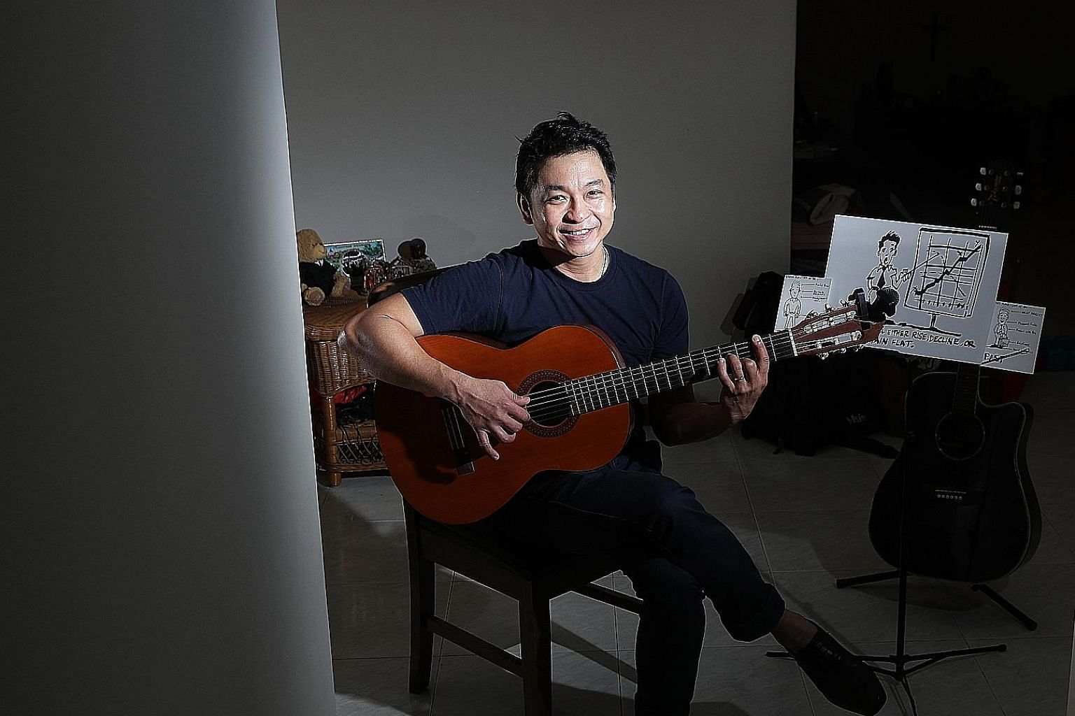 Before joining Money FM 89.3, Mr Desmond Wong, 41, spent several years as a dealer with a stockbroking company and had a stint as a radio presenter with a local radio news station. From 2011 until last year, when he took time off to be a homemaker an