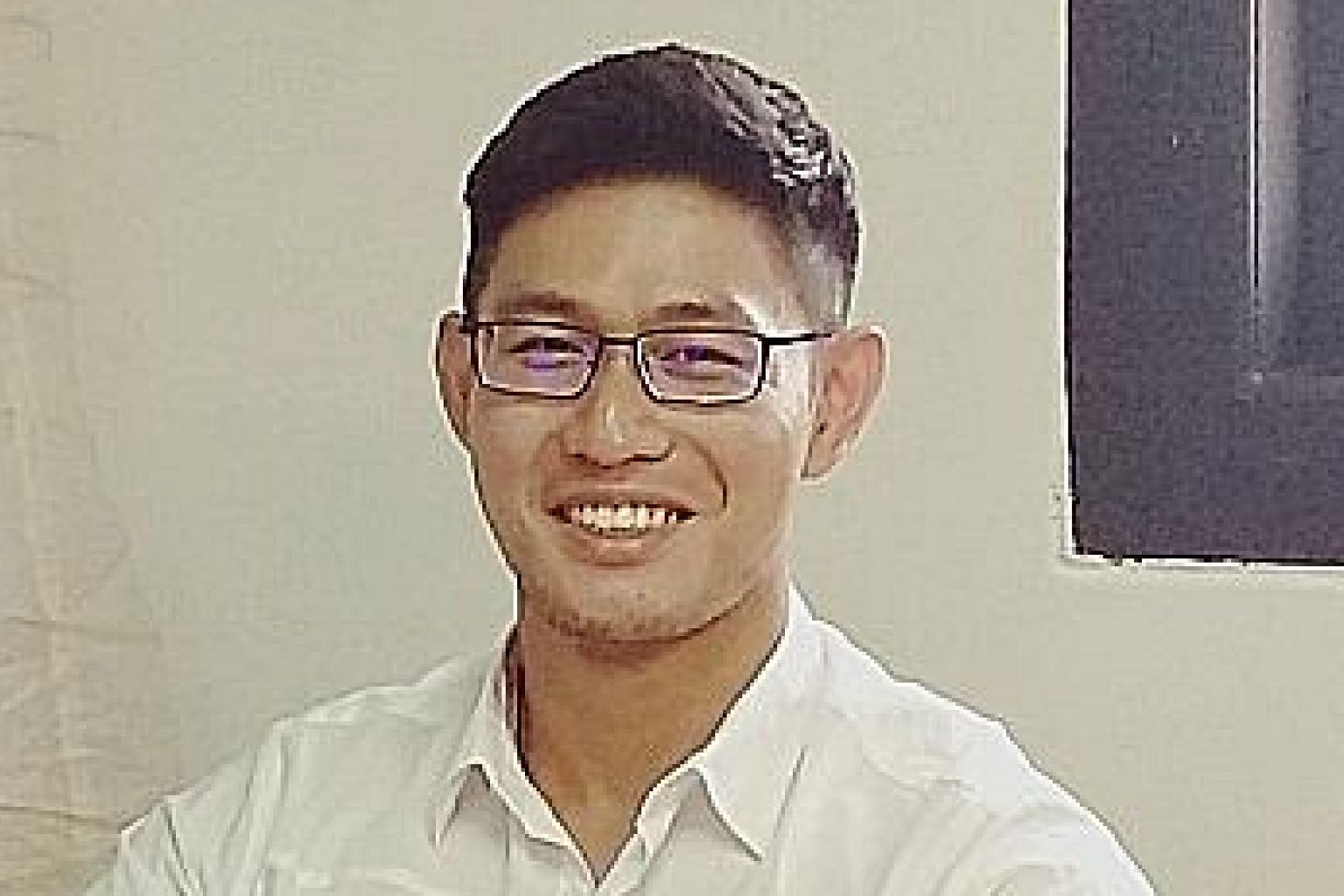 Business graduate Leon Yeow is currently working as a digital analyst at local company Design Prodigy.
