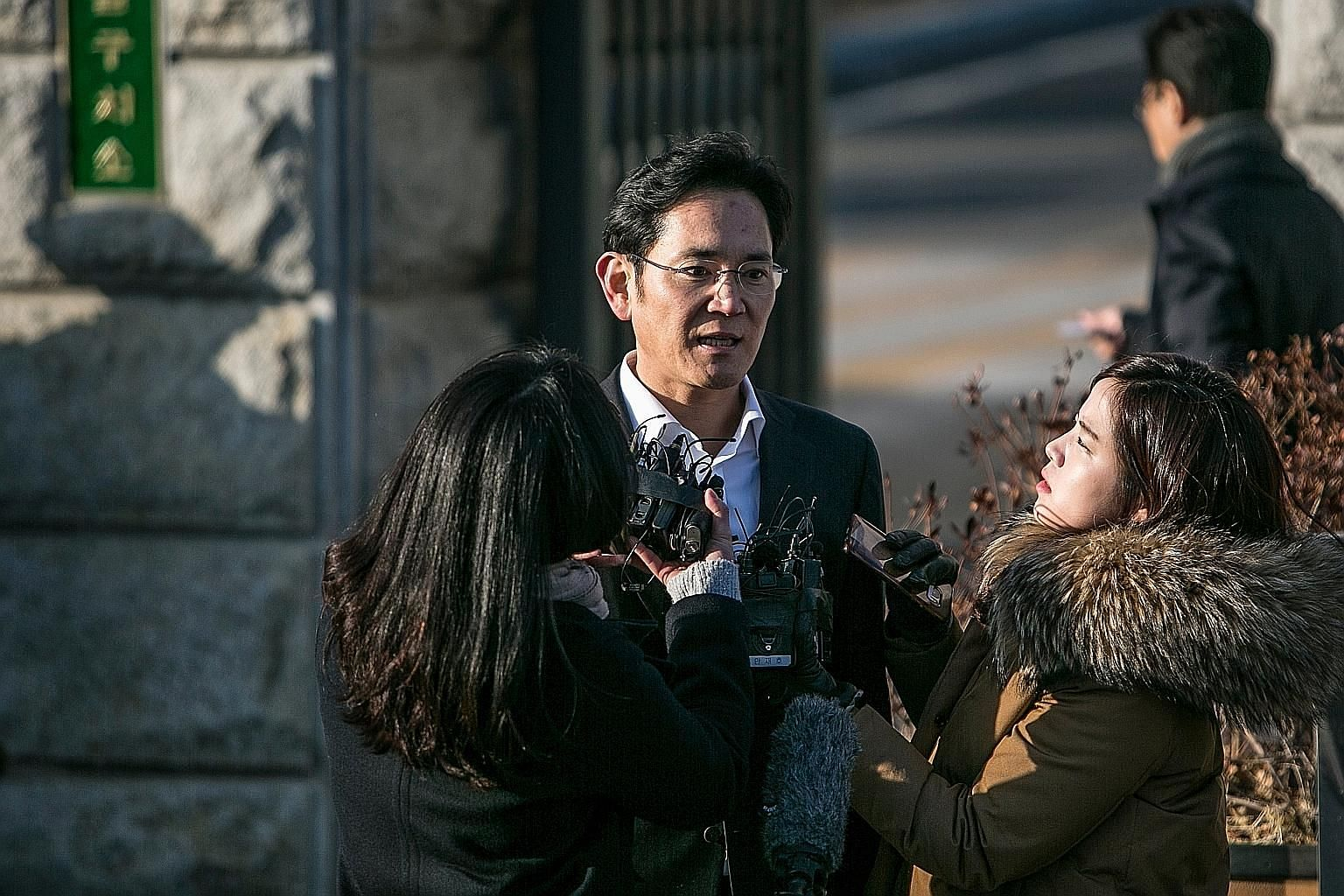 Mr Lee Jae Yong, vice-chairman of Samsung Electronics, speaking to the media after his release from the Seoul Detention Centre in South Korea last Monday.