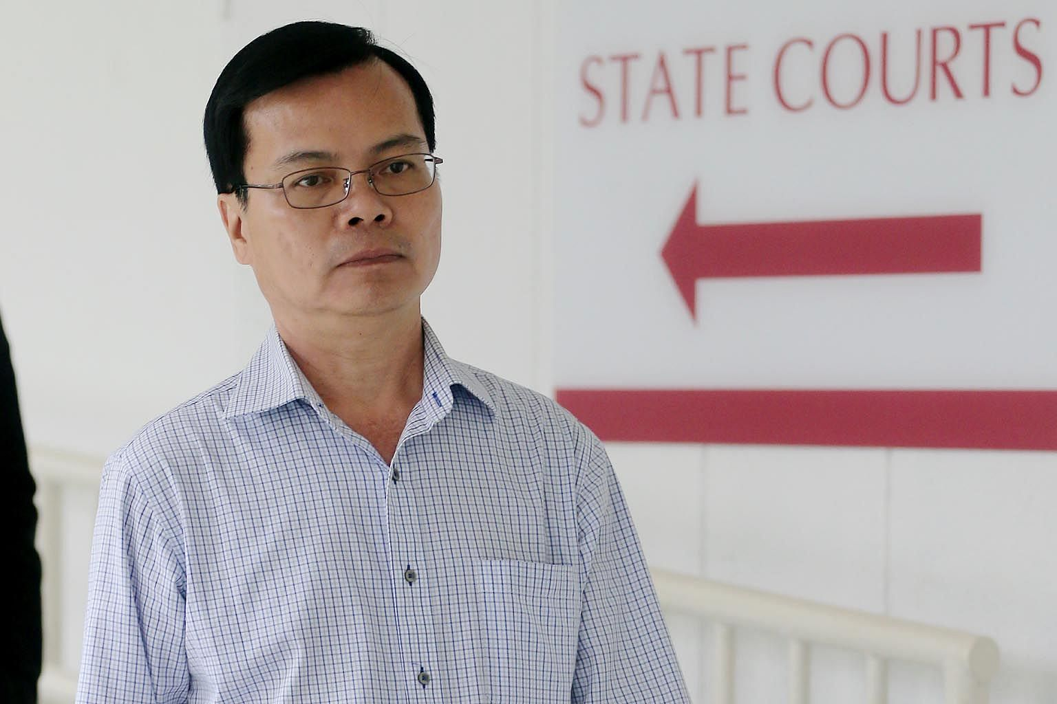 Wong Chee Meng (left), a former general manager and secretary of Ang Mo Kio Town Council, faces 55 counts of corruptly accepting gratification from Chia Sin Lan, the director and shareholder of 19-ANC Enterprise and 19-NS2 Enterprise.