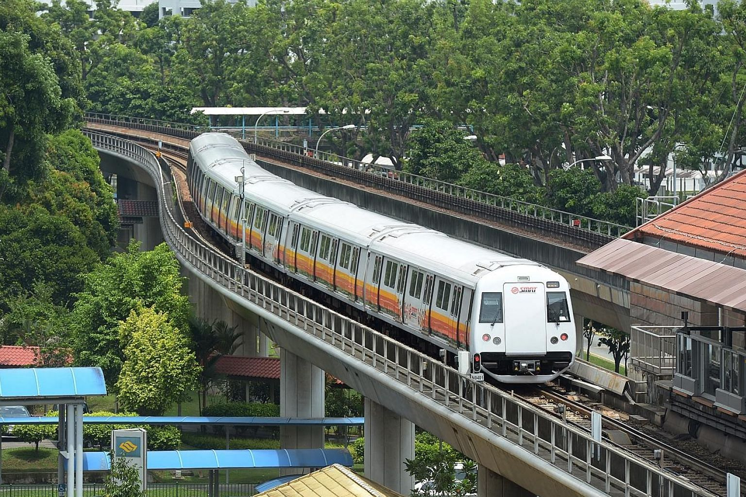 SMRT CEO Desmond Kuek, who has helmed SMRT from October 2012, will leave the organisation in about three months' time, ST understands.