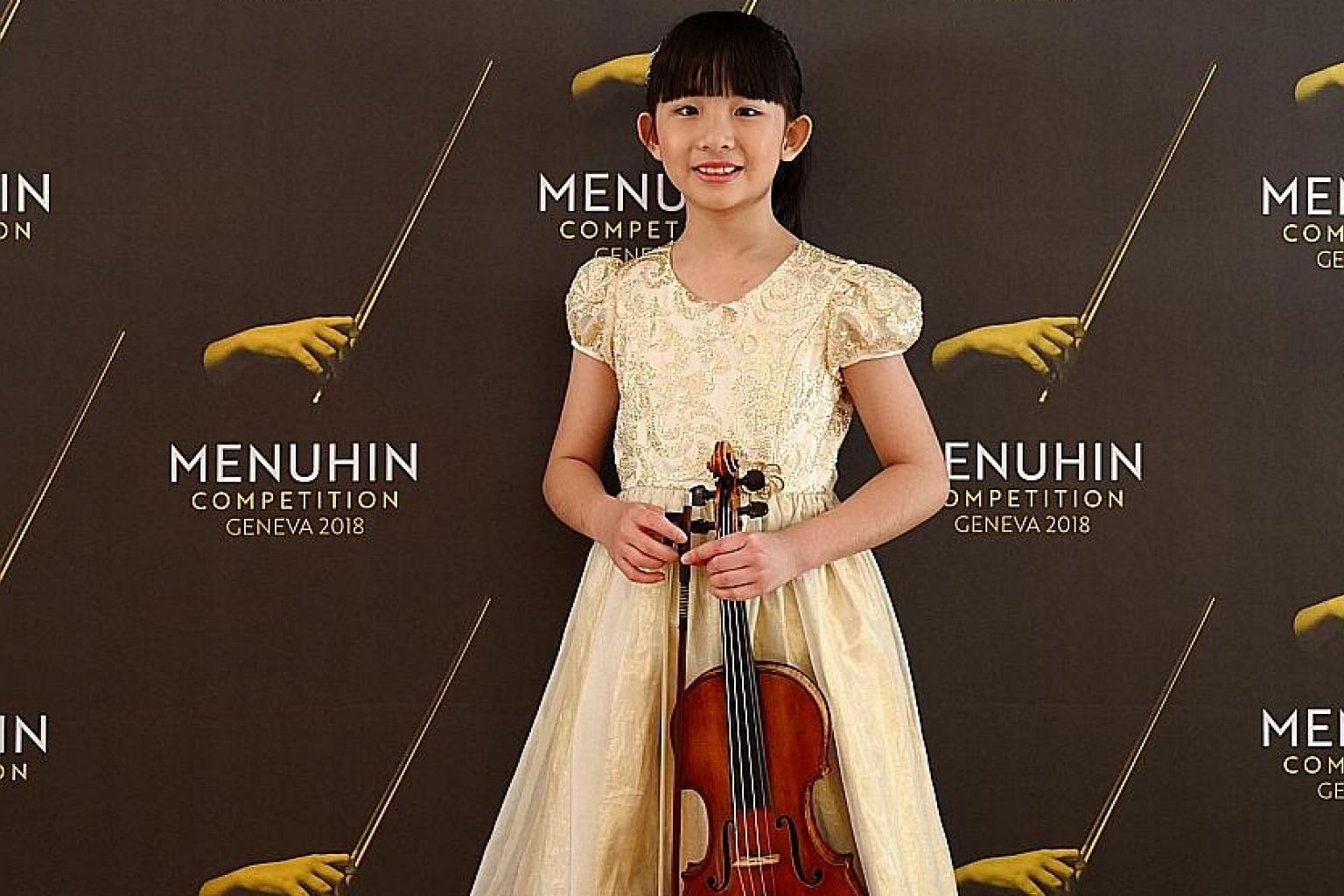 Chloe Chua will receive $13,500 and a one-year loan of a fine old Italian violin by Florian Leonhard Fine Violins as her prize.