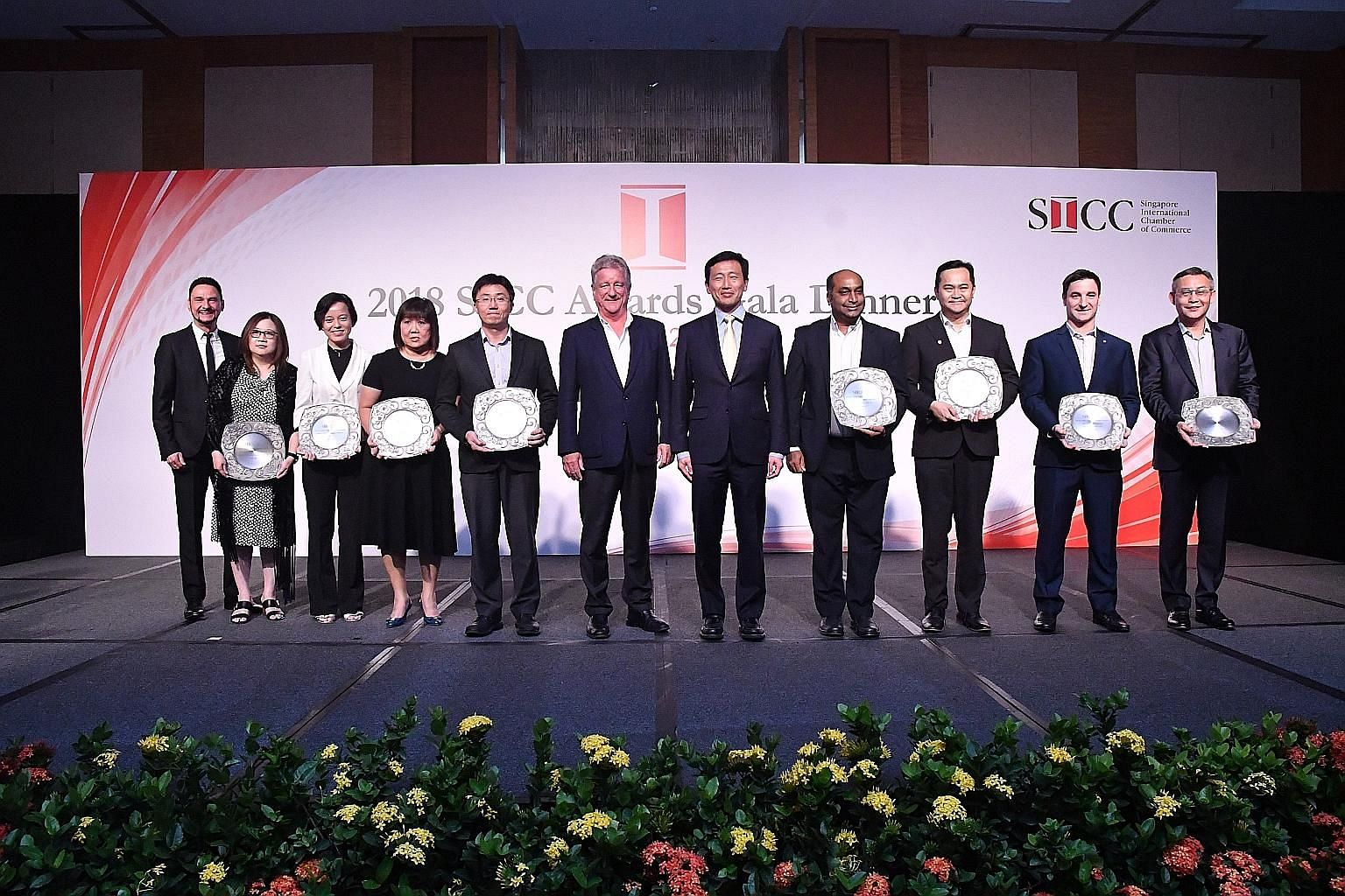 From left: Edwards Lifesciences Singapore vice-president and general manager Rainer Wolf and human resource director Judy Heng, e2i deputy chief executive Vicky Wong, NatSteel Holdings senior vice-president Tan Man Ee, Tiong Seng Contractors senior m