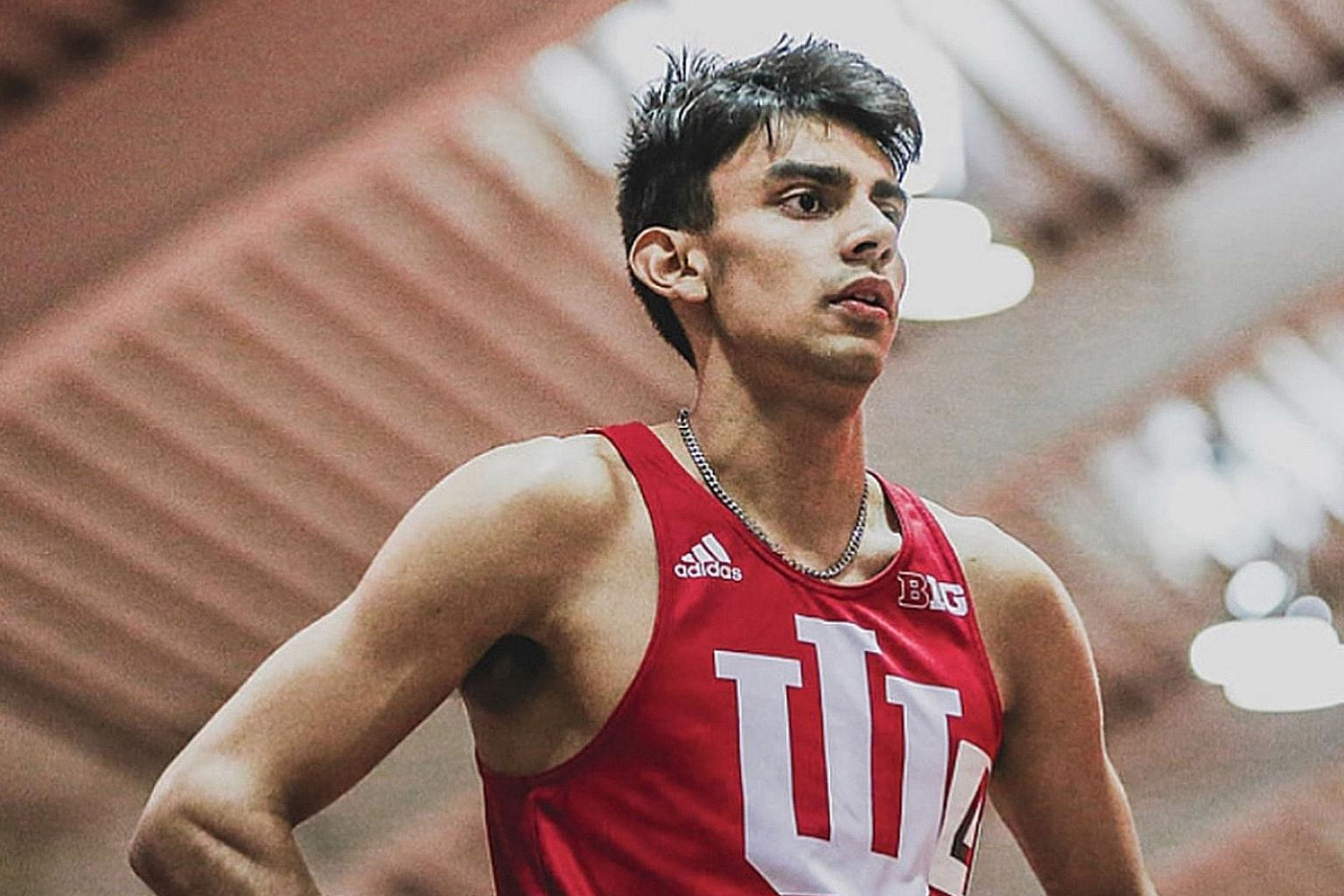 Singaporean sprinter Zubin Muncherji bettered his own national men's 400m record with a time of 47.02 seconds while competing on Saturday at the Big Ten Championships at Indiana University.
