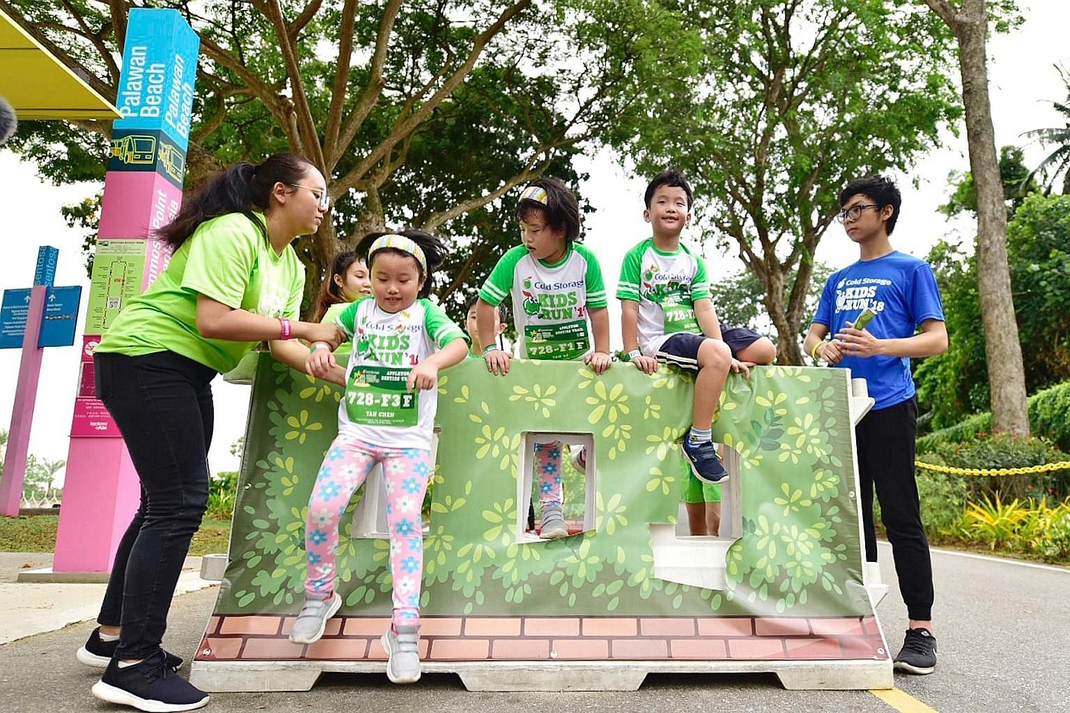 More than 15,000 people woke up bright and early yesterday to take part in the Cold Storage Kids Run, held at Palawan Green Sentosa. Children, together with their families and friends, took part in events across nine categories, including the competi
