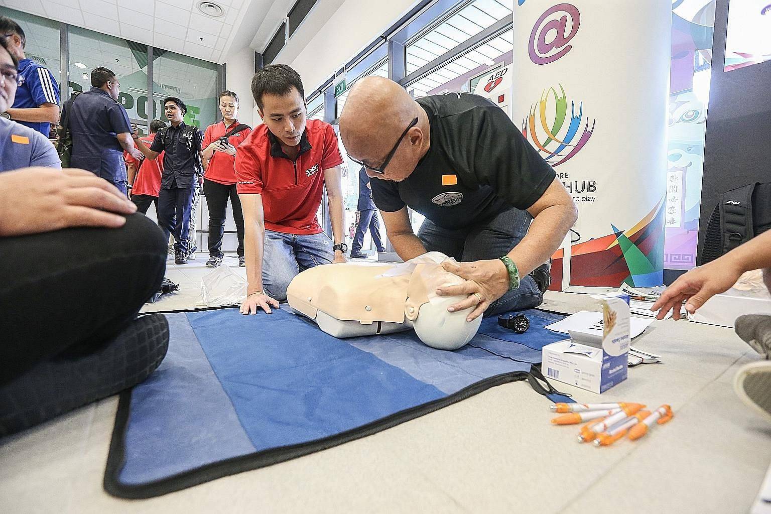 In a recent survey by Temasek Foundation Cares, more than half of the 2,001 respondents recognised that knowledge in CPR, first aid skills and using an automated external defibrillator will come in handy in emergencies, but fewer than two in 10 had a