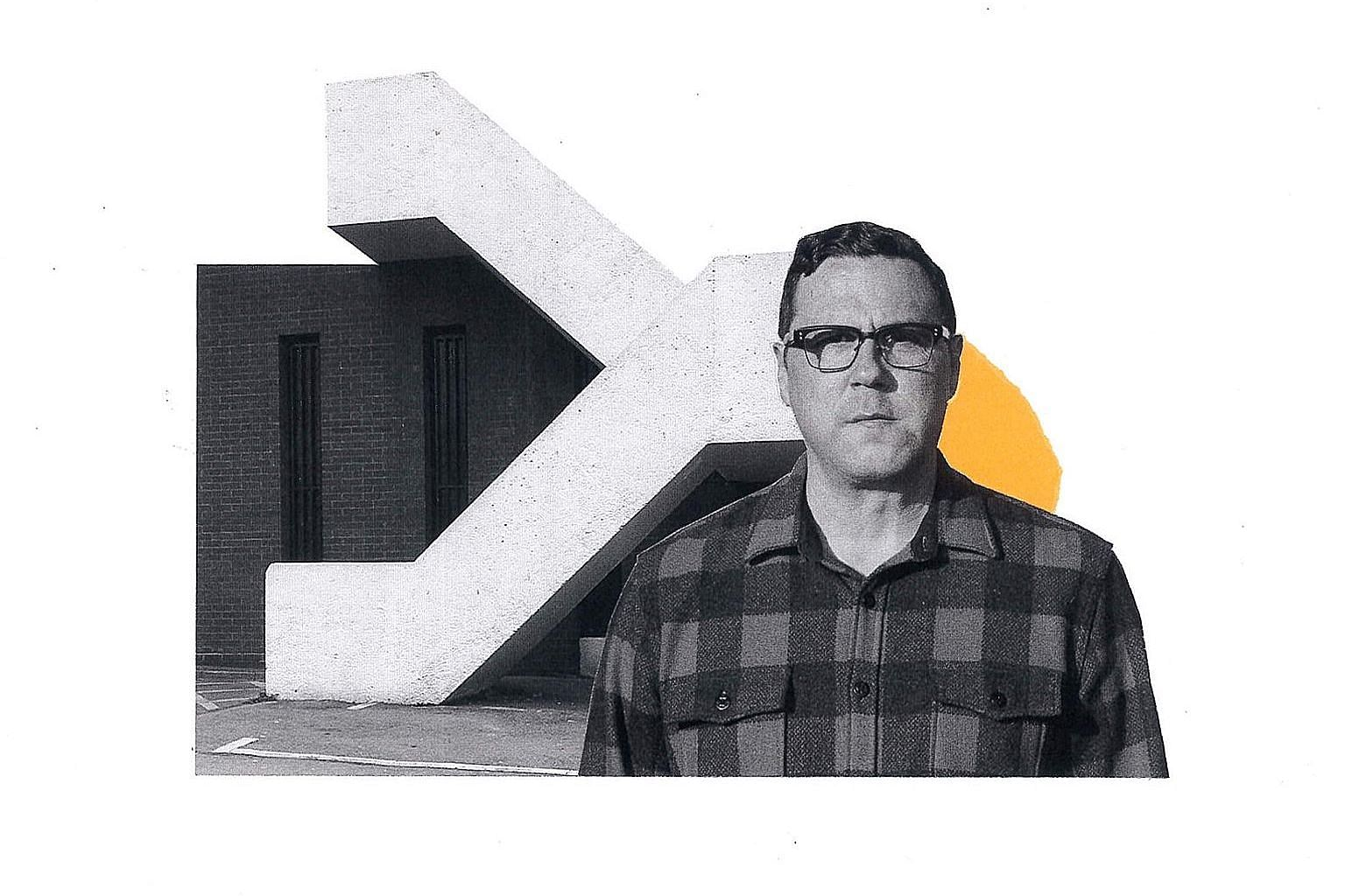 The Horizon Just Laughed is the 13th solo album of Seattle indie-folk troubadour Damien Jurado (above).