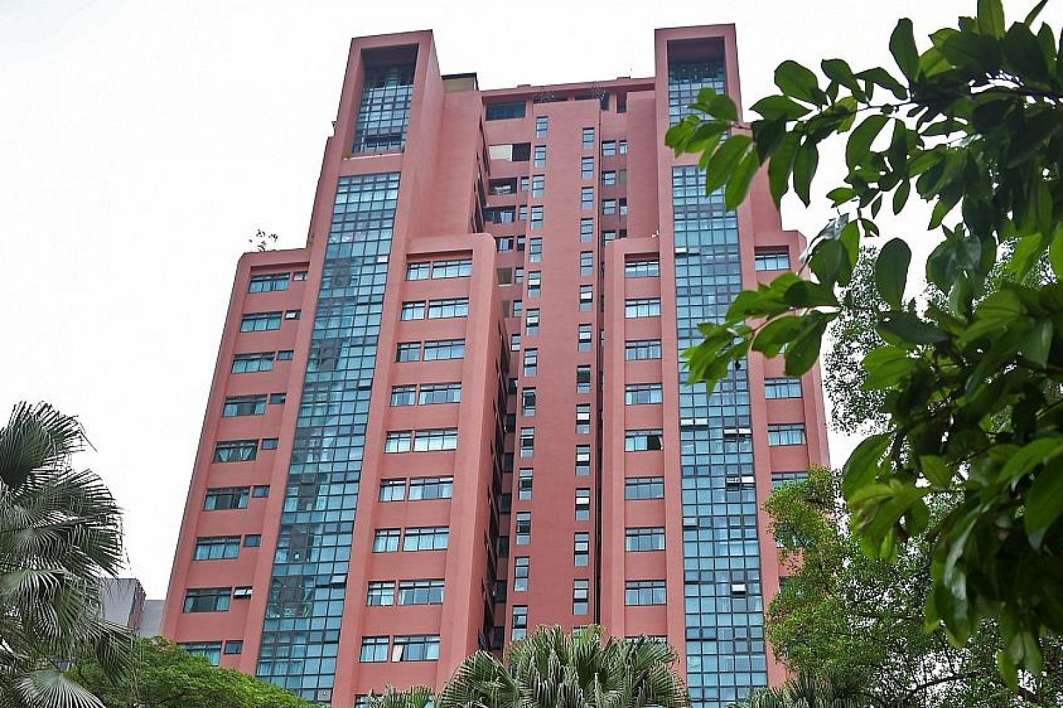 The 138-unit Leonie Gardens, situated in Leonie Hill in District 9, has 71 years left on its 99-year lease. It can be developed into around 540 units of about 70 sq m each, or 380 units of about 100 sq m each, said marketing agent Huttons Asia.