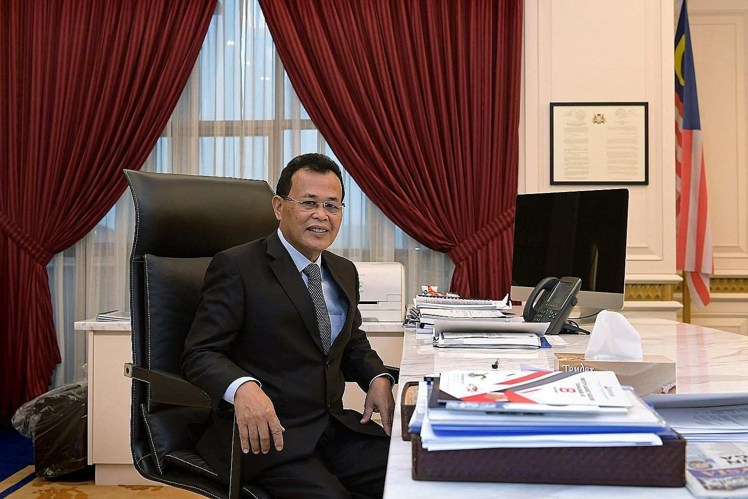 Johor Menteri Besar Osman Sapian says reducing the congestion at the Causeway and Second Link is top on his list as the state's new caretaker.