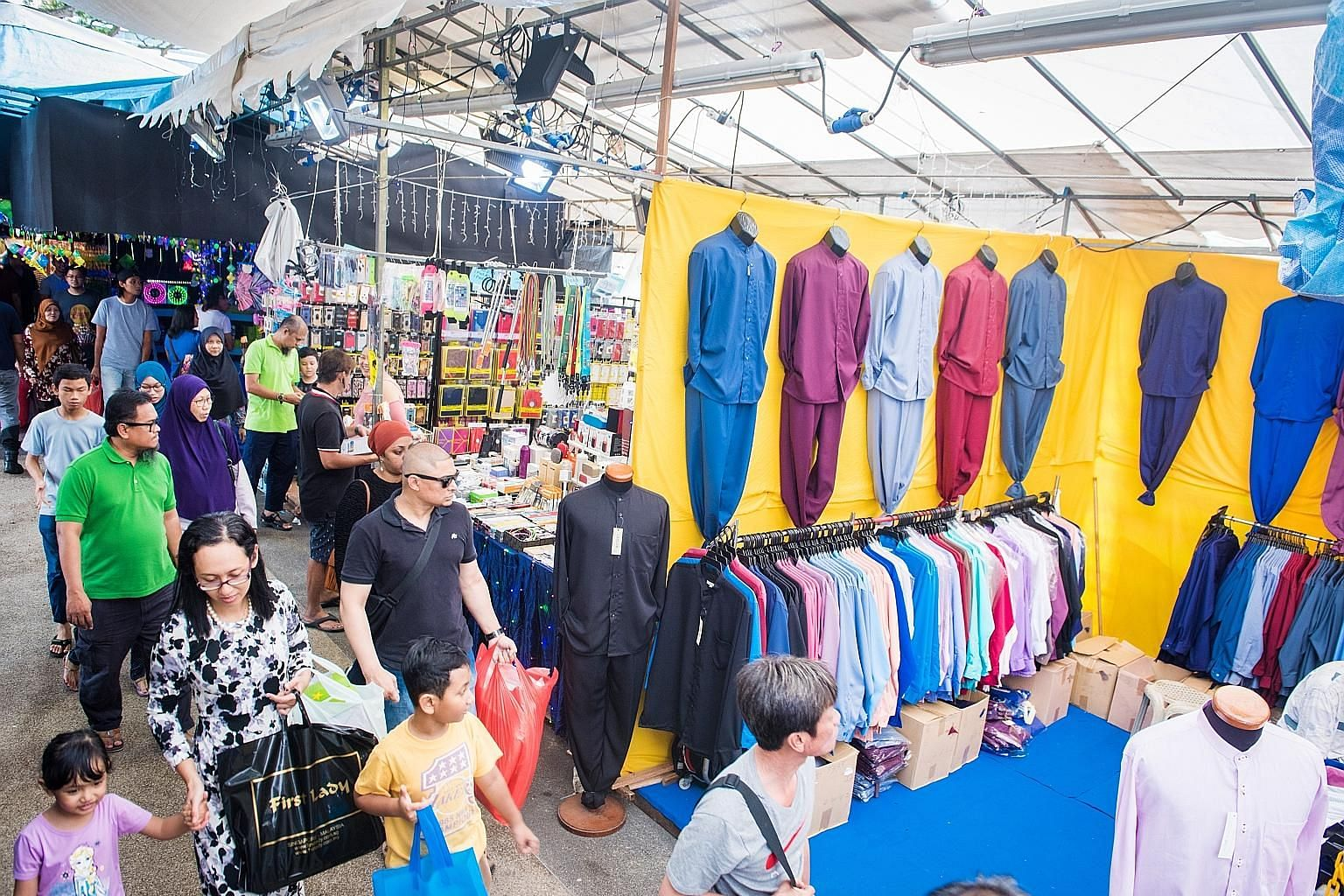 Operators for the major sections of the Ramadan bazaar are chosen via two tenders called by a working committee under the Geylang Serai CCC. This year, one player, BXW, won both tenders with bids worth a combined $2.25 million.