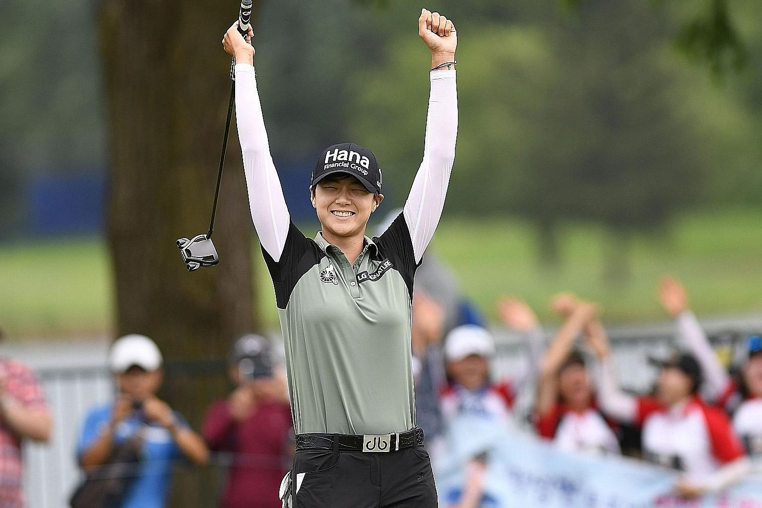 Park Sung-hyun celebrating after making a birdie on the second play-off hole to win the KPMG Women's PGA Championship on Sunday. She did not make a single bogey over the last 30 holes of the tournament.