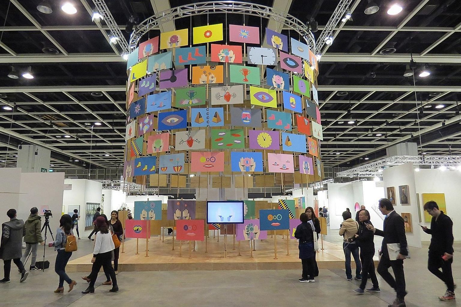 Run by MCH Group, Art Basel Hong Kong is a major stop on the global art fair circuit. MCH is launching ART SG in November 2019 with about 80 galleries from Singapore, South-east Asia and globally.