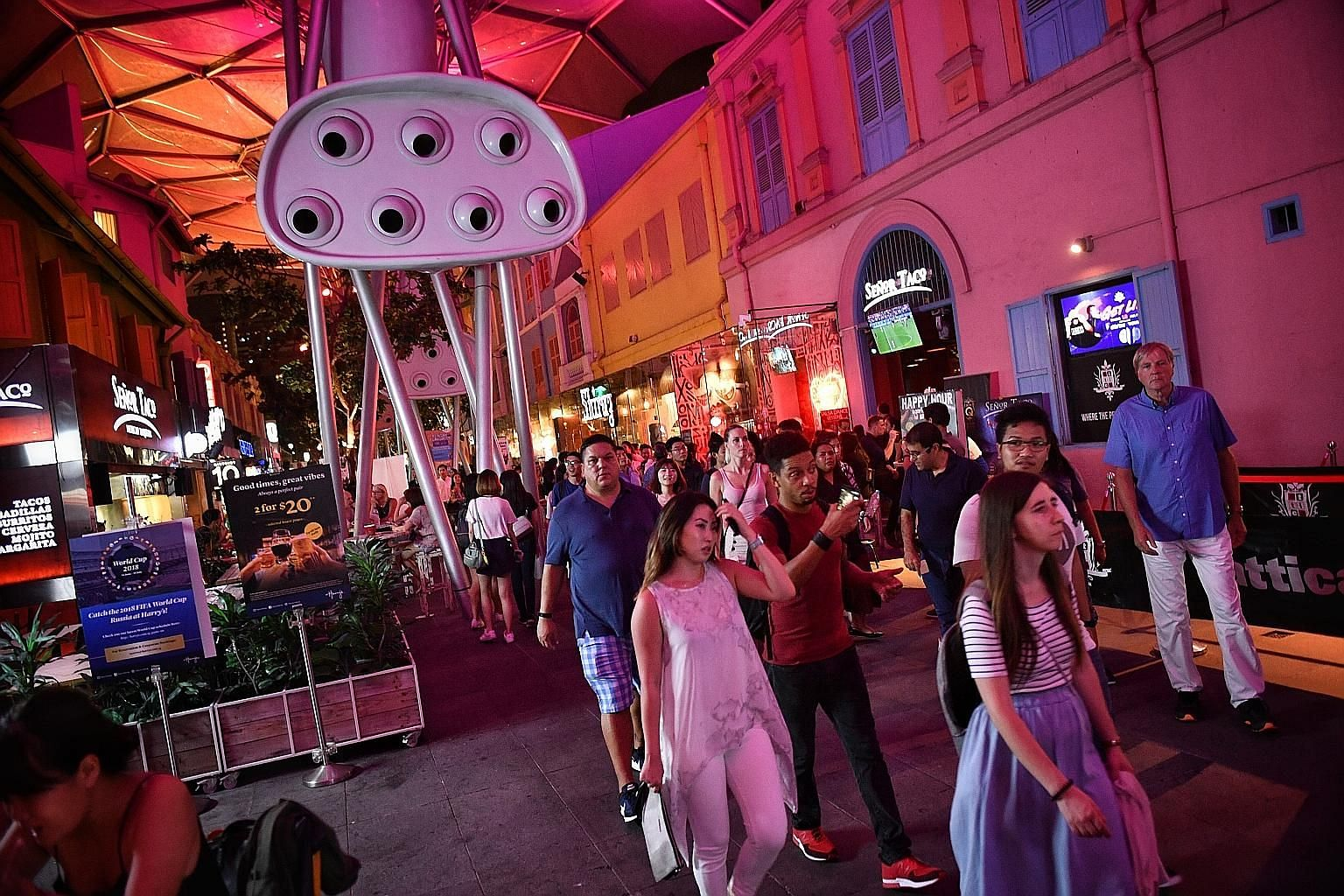 Since liquor licensing hours in Clarke Quay were curtailed, the area has seen a drop in public order offences from 317 in 2013 to 111 in 2016, police figures show. However, the figures have crept back up, with operators in the area attributing this t