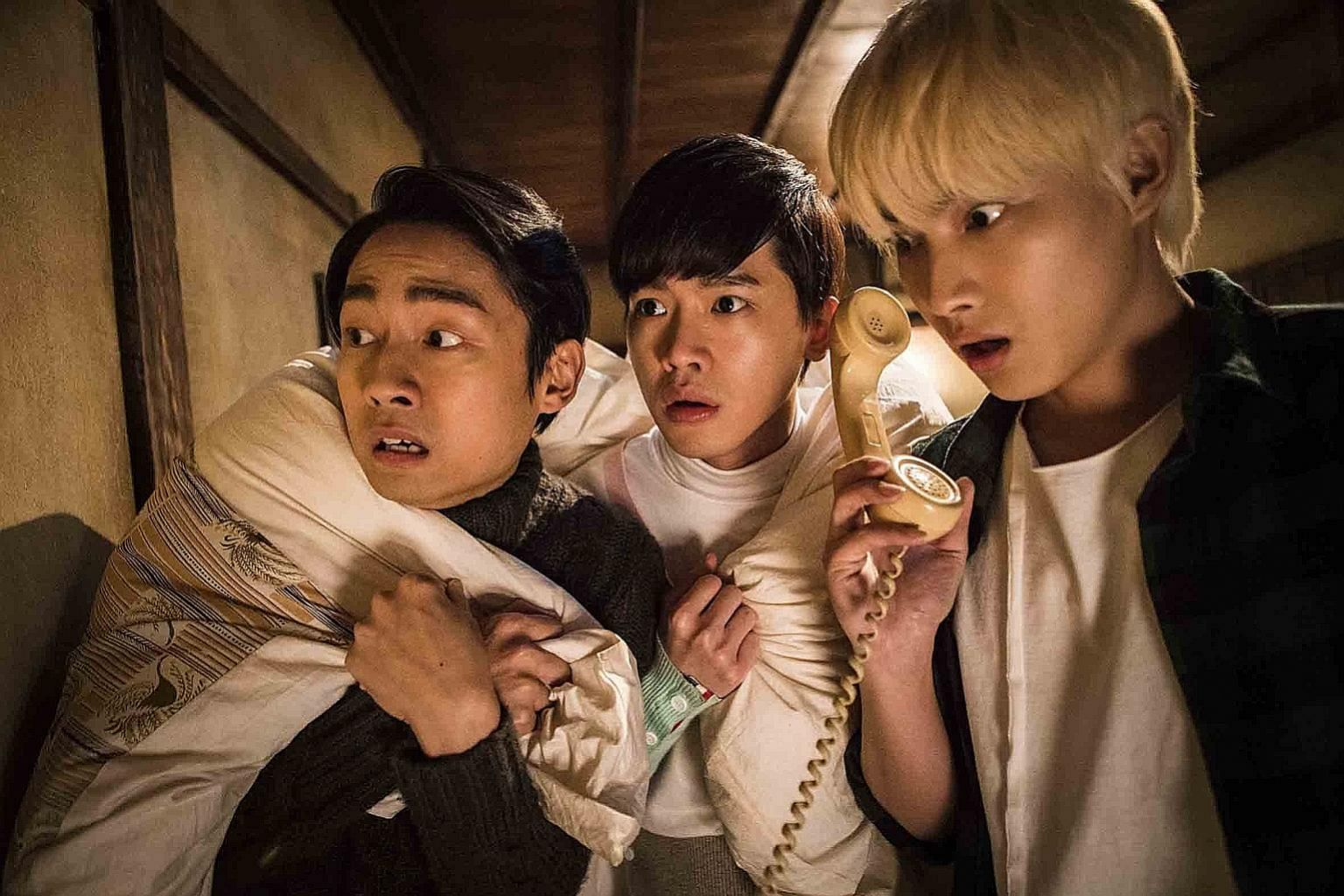 (From far left) Lin He-hsuan, Sing Hong and Chang Ting-hu are entertaining in Secrets In The Hot Spring.