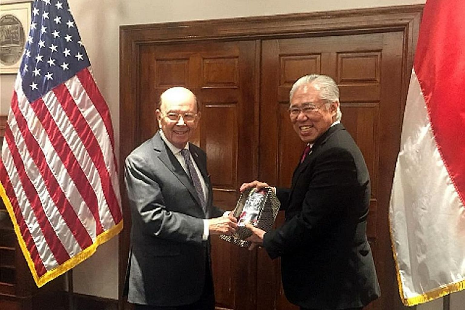 Indonesian Trade Minister Enggartiasto Lukita met US Secretary of Commerce Wilbur Ross in Washington this week.