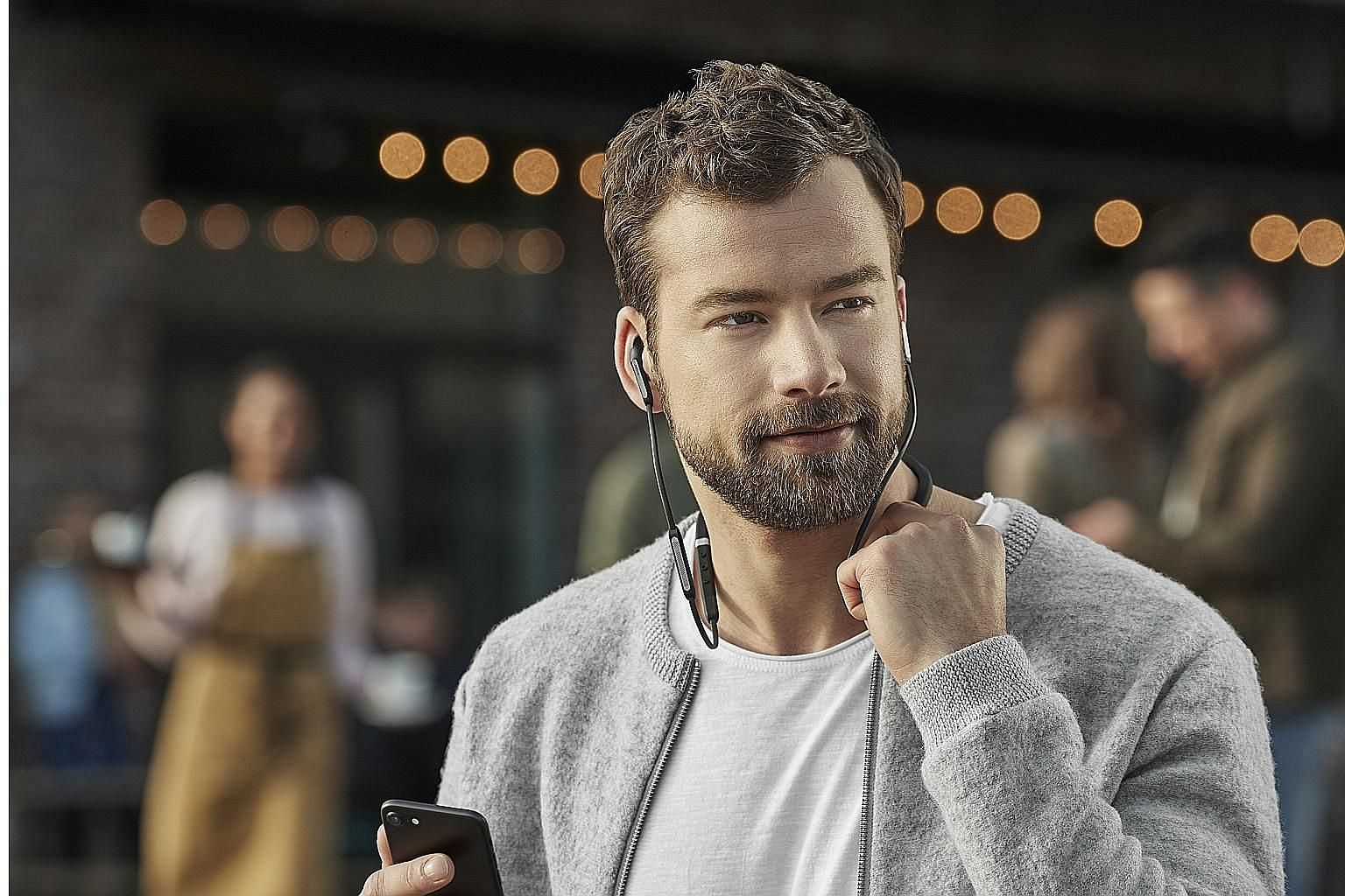 The Elite 65e can be paired with Jabra's Sound+ app for ease of use and offers up to 13 hours of battery life with active noise cancelling off.