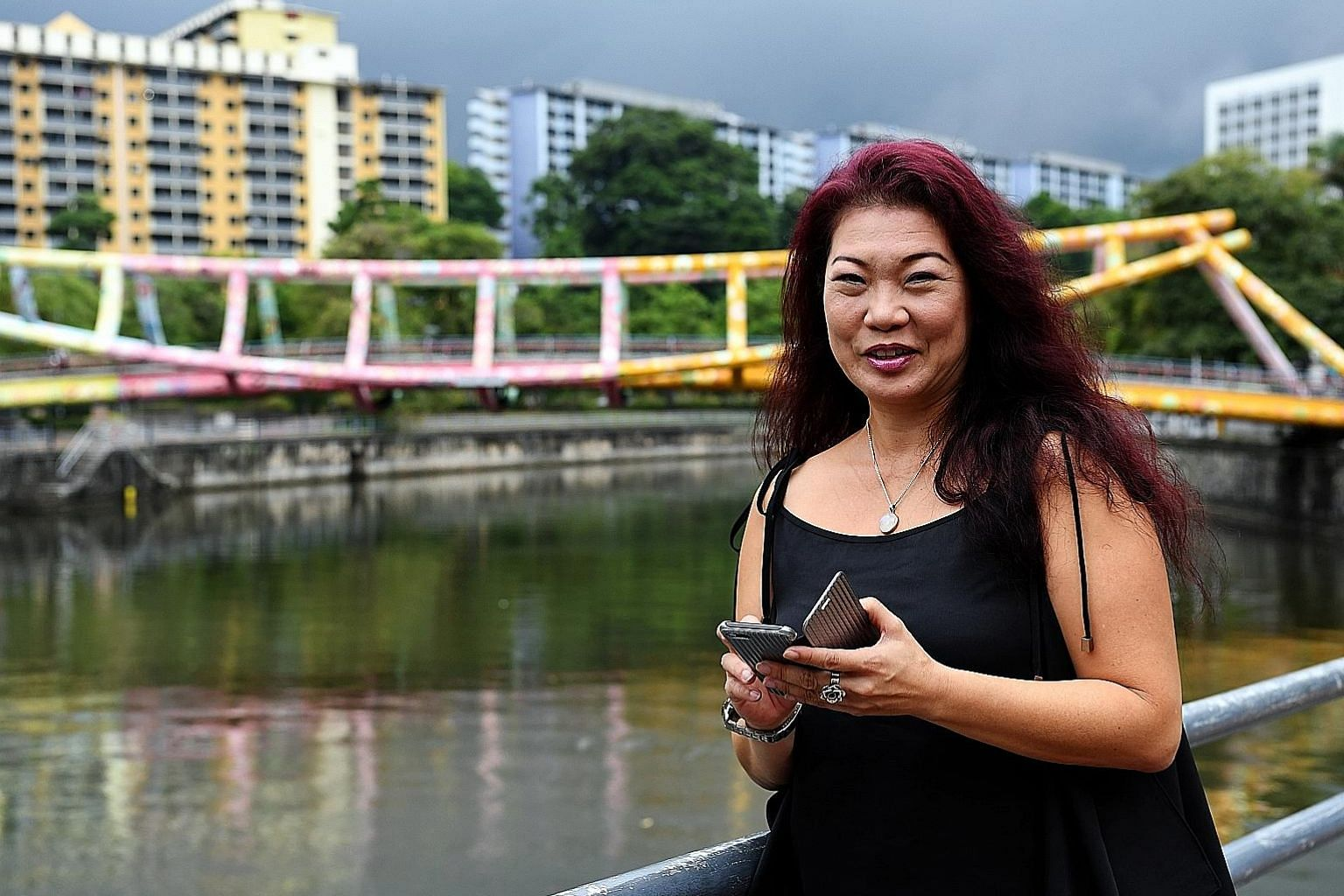 Theatre practitioner Zelda Tatiana Ng, 49, terminated her $70-a-month data plan three years ago, and now relies solely on Wi-Fi to access apps. Some friends do get frustrated when she does not see or reply to their messages, admits Ms Ng, who is sing