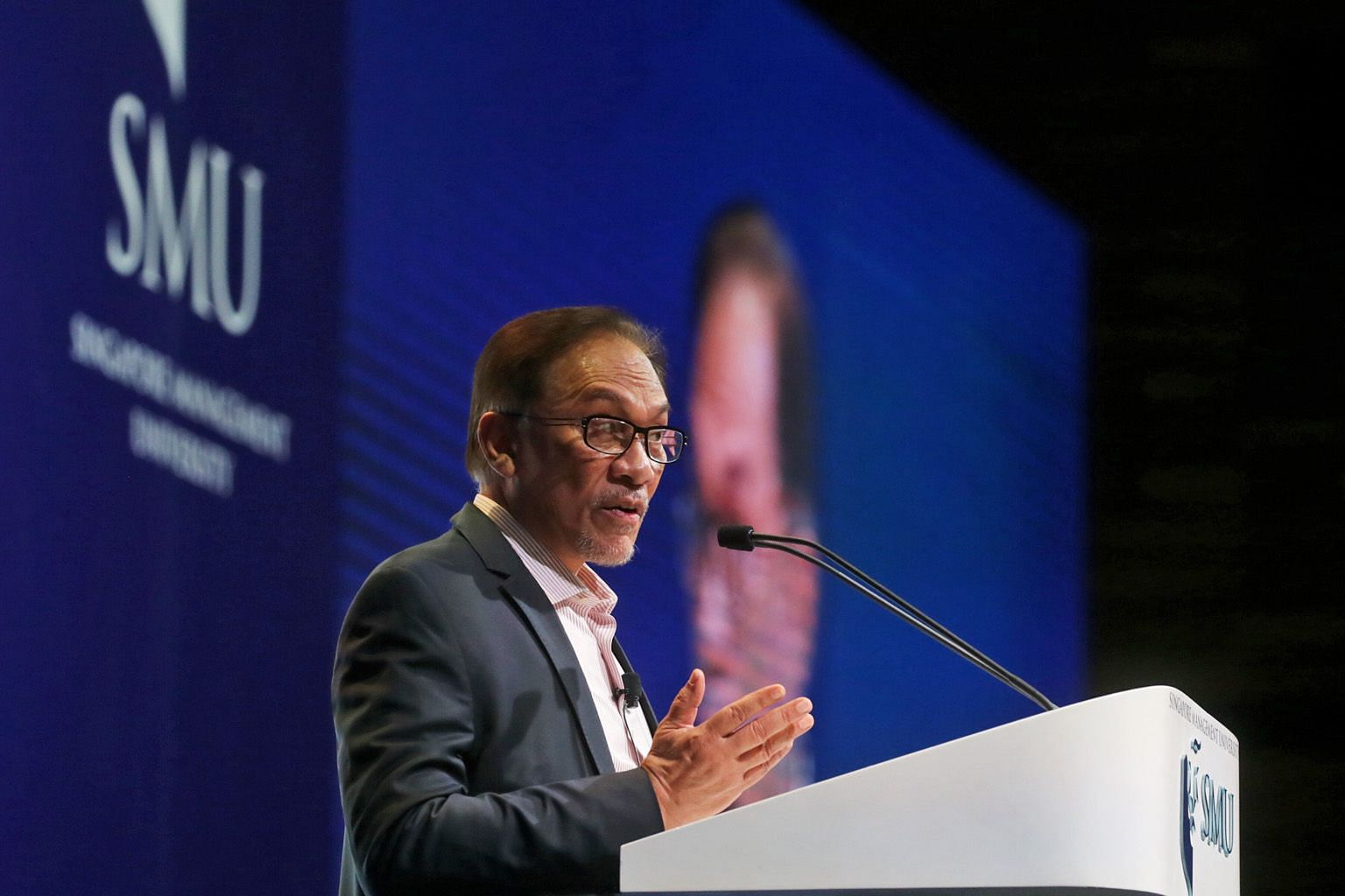 Former Malaysian deputy prime minister Anwar Ibrahim's lecture yesterday was peppered with quotes from poets and philosophers. It was his second appearance in Singapore since his release from prison in May.