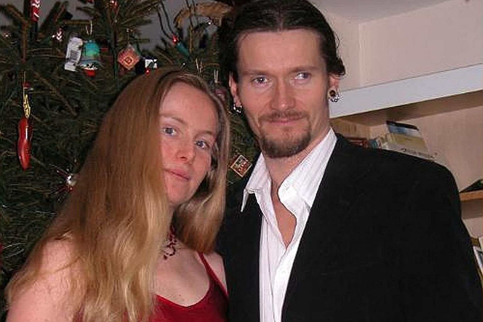 Activist Kate Wilson fell in love with undercover police officer Mark Kennedy at a 2003 meeting to plan a protest. He moved in with her, visited her parents often and attended functions of her extended family.