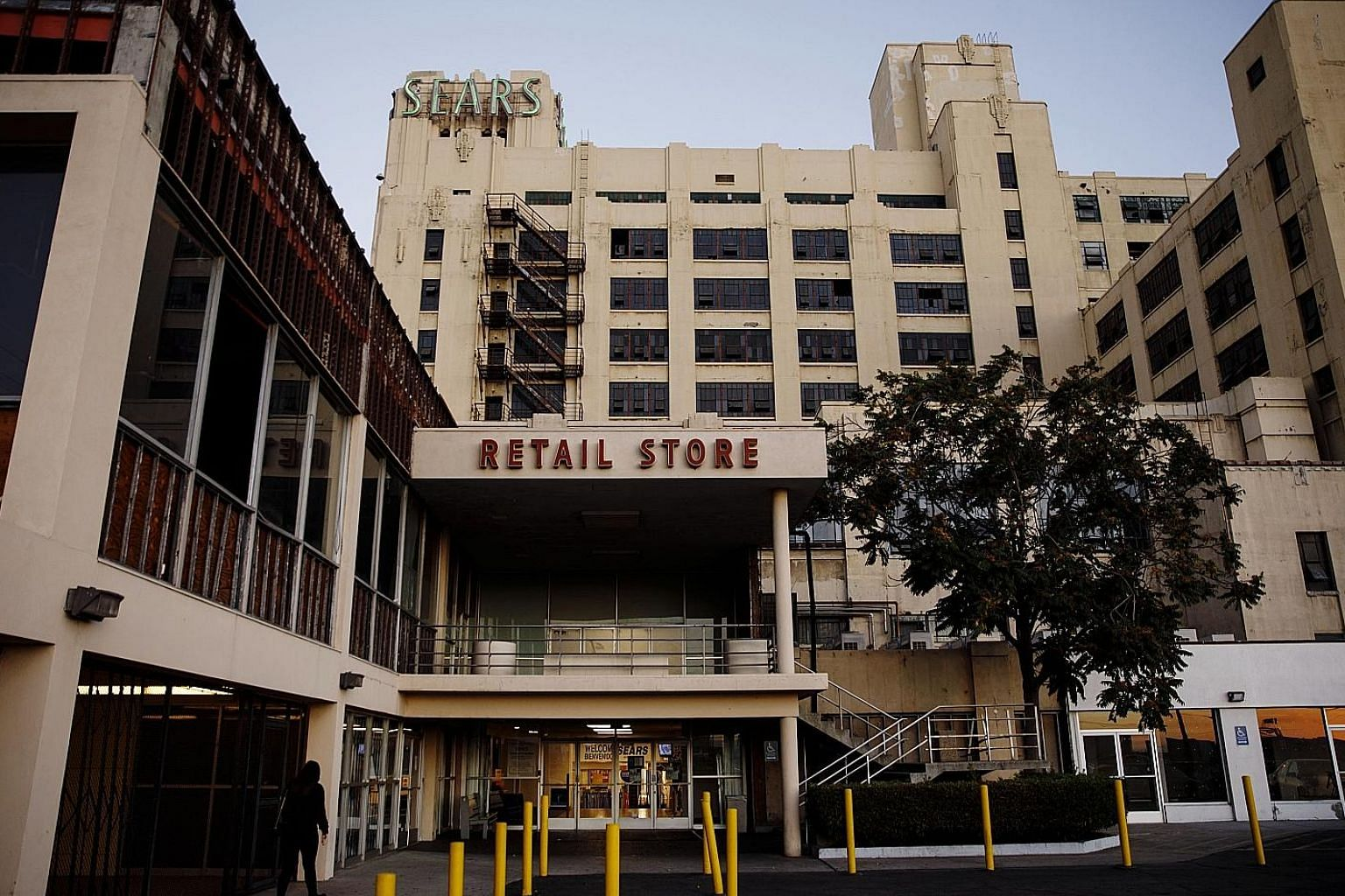 The landmark Sears, Roebuck & Co Mail Order Building in the Boyle Heights neighbourhood of Los Angeles, California. The 125-year-old Sears, which became an American icon with its famous catalogue, now lists more than US$10 billion (S$13.8 billion) in