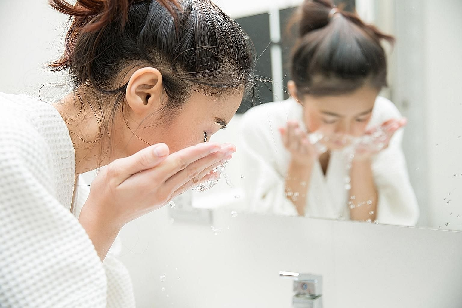 Cleansers fall into two categories: oil-based and water-based. If your skin is oily or prone to breakouts, aesthetic medical doctor Barbara Sturm suggests using a water-based gel or foam cleanser.