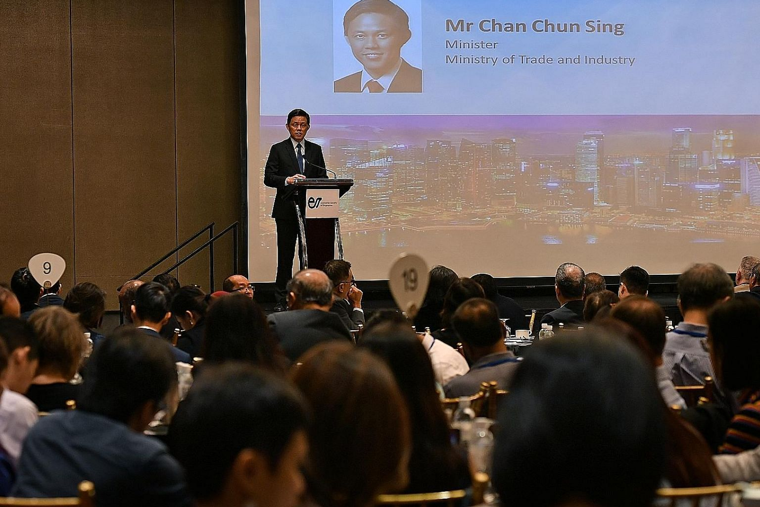 Trade and Industry Minister Chan Chun Sing, speaking at the Singapore Economic Policy Forum at Mandarin Orchard Singapore yesterday, said he challenged A*Star to seek out 10 large firms, 10 progressive trade associations and chambers, and 10 governme