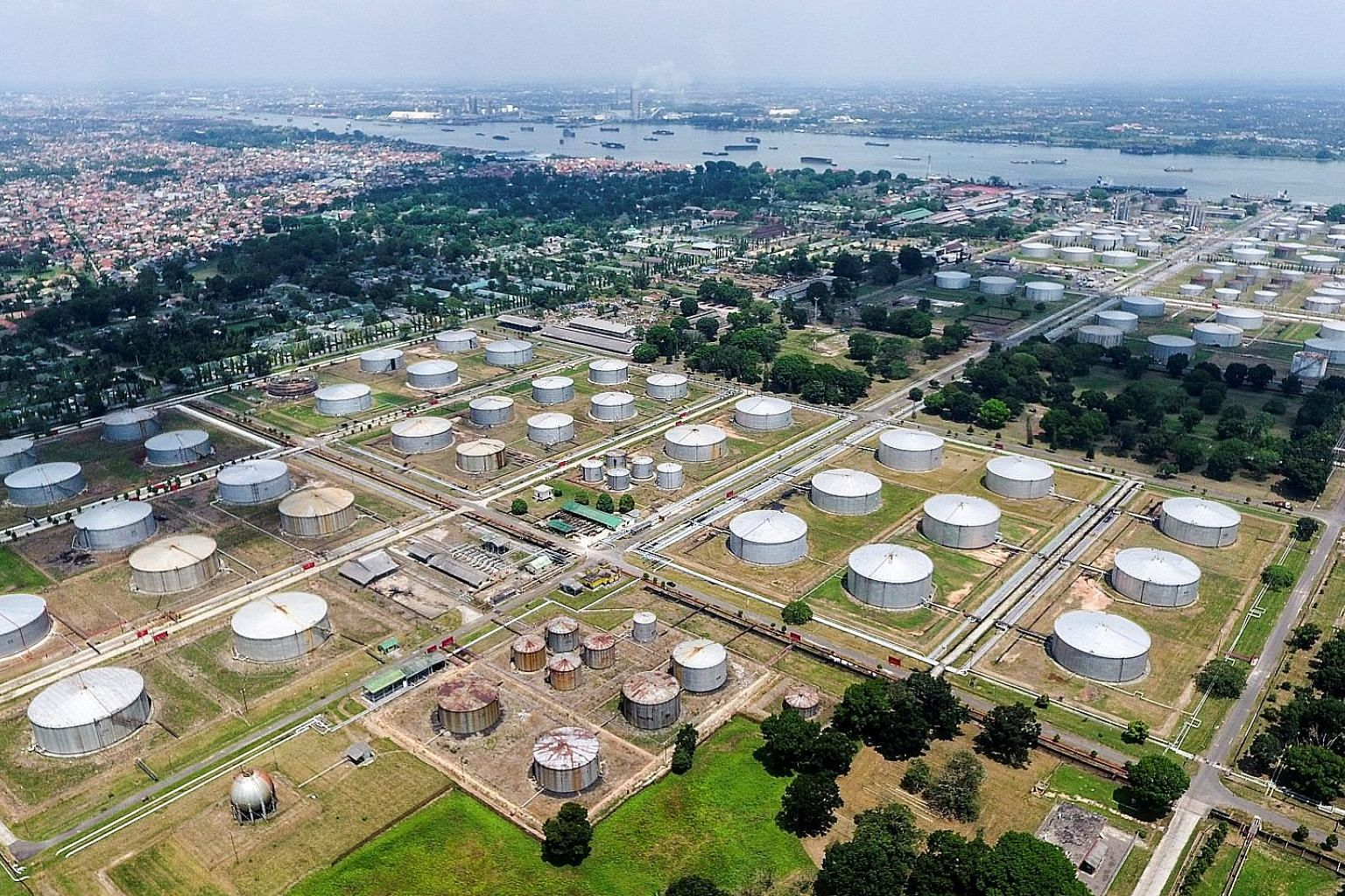 Global market turmoil had threatened to derail the sale of Indonesian state oil company Pertamina's bond offering last week. Bidders offered to buy more than 1.2 times the amount on offer, according to a banker familiar with the transaction.