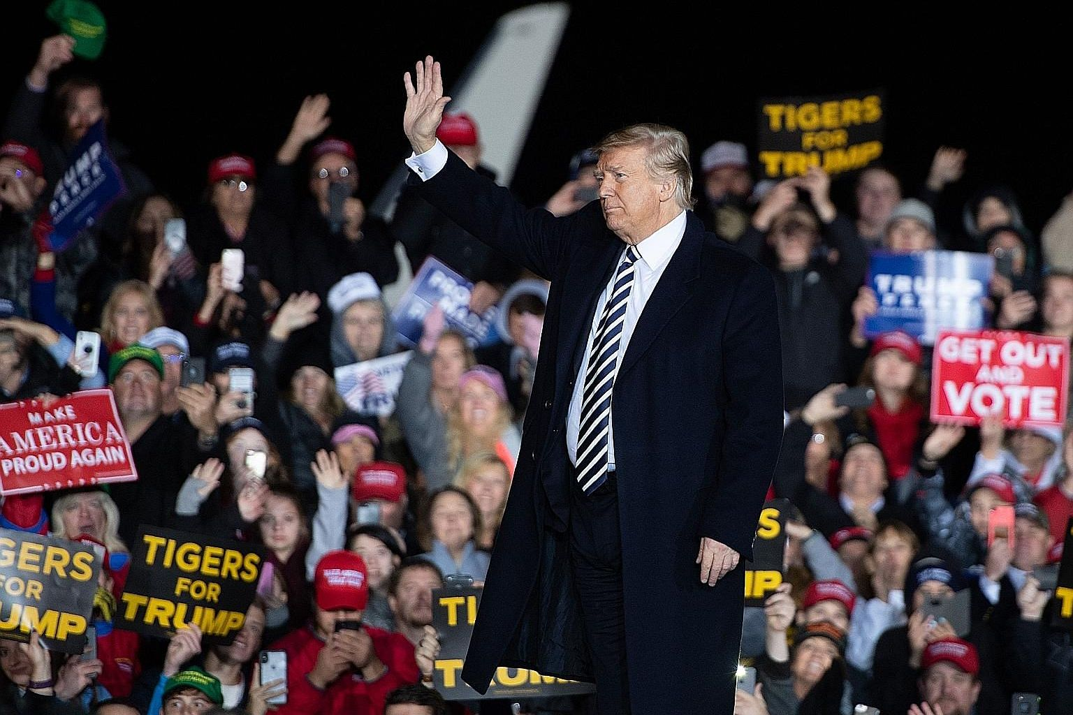 US President Donald Trump at a rally in Columbia, Missouri, on Thursday. In the Nov 6 midterms, the Democrats need to flip 23 seats to seize control of the House, and are expected to succeed. The Republicans are expected to retain control of the Sena