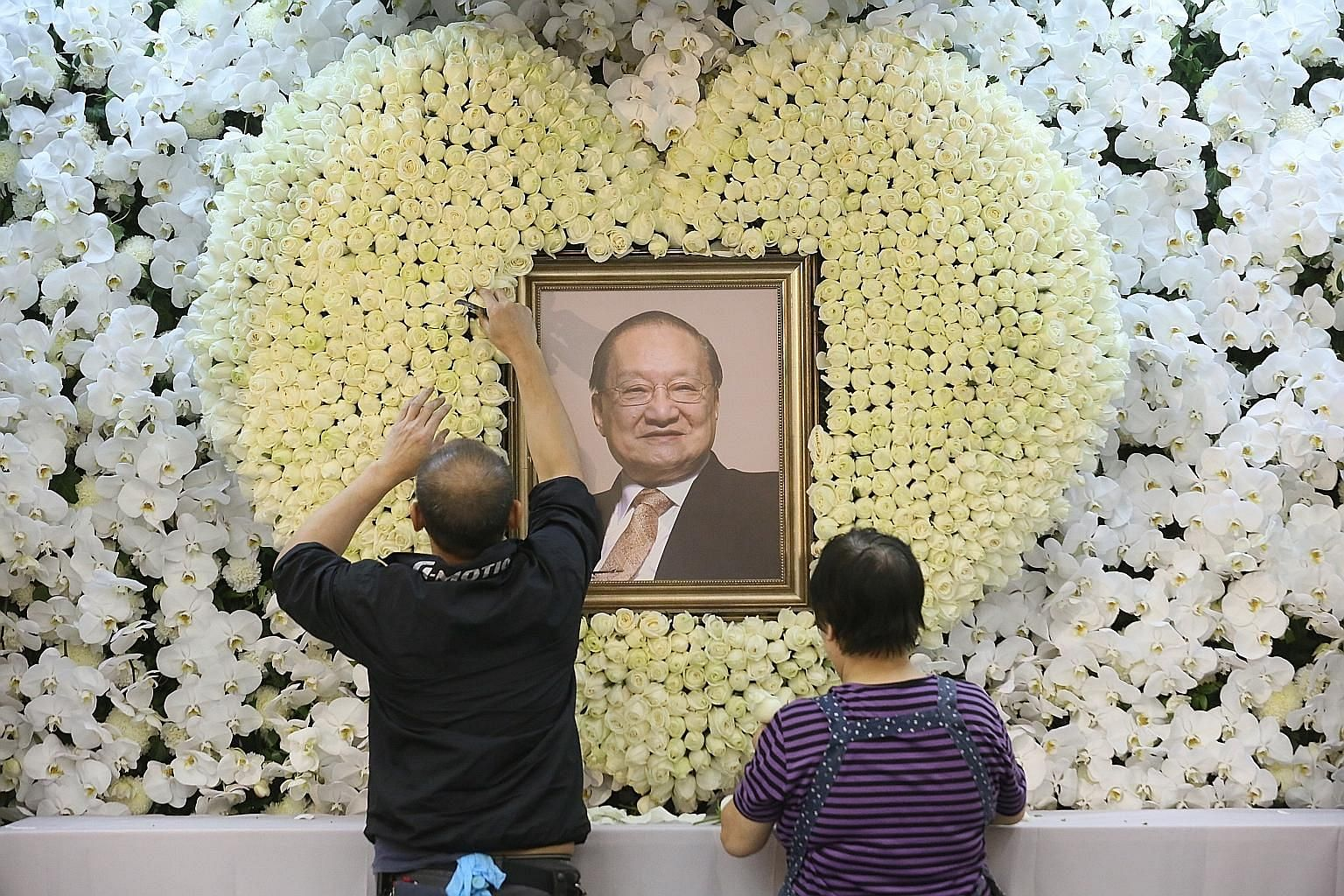 Mr Louis Cha Leung Yung, better known by his pen name, Jin Yong, died in Hong Kong on Oct 30 at the age of 94. Leading figures from the arts, business and political worlds attended his wake, while those who sent wreaths included Chinese President Xi