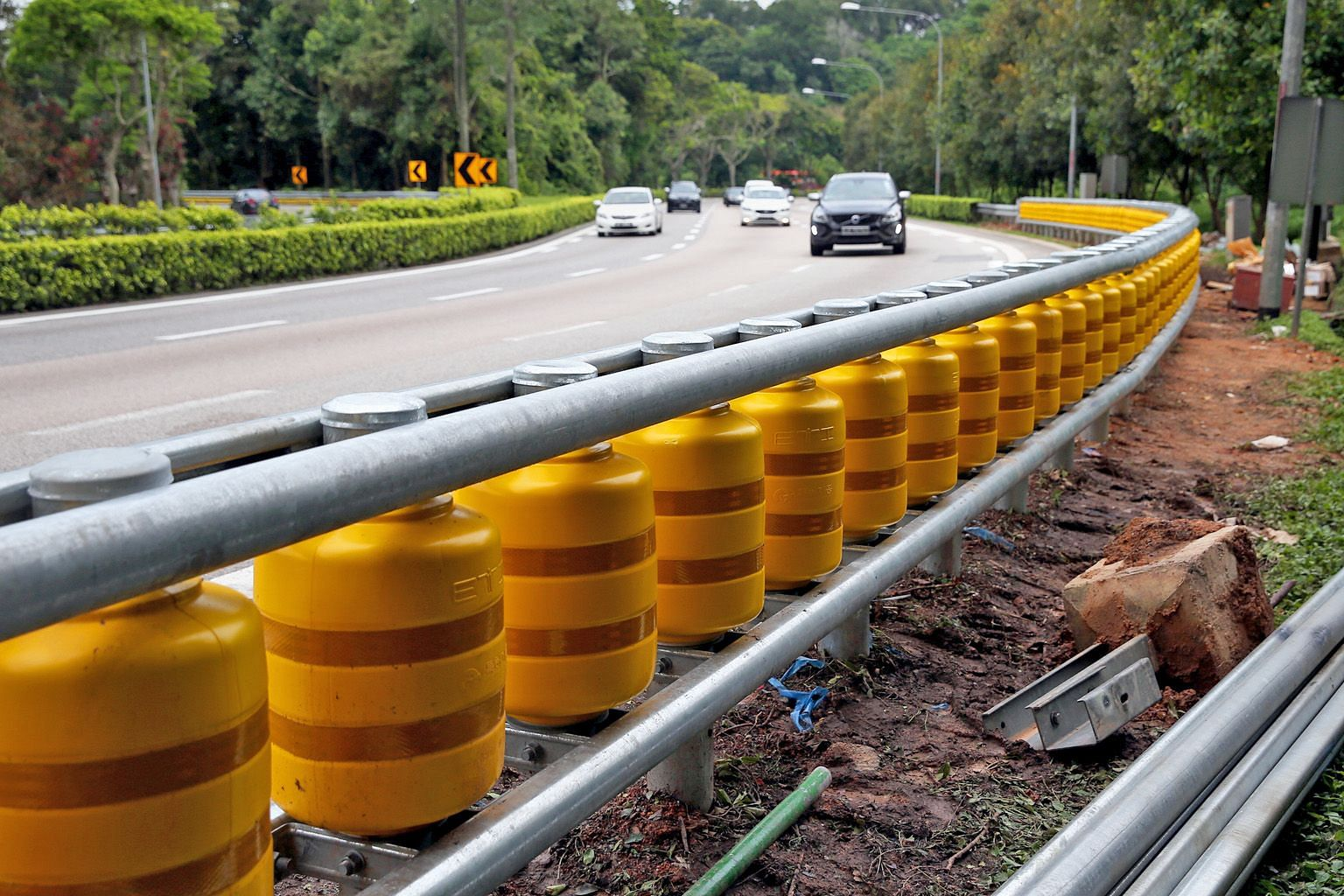 They may look strange but these new guardrails, called a rolling barrier system, help to absorb and deflect impact from a motor vehicle upon collision. This system of guardrails was spotted along a slip road leading to the Bukit Timah Expressway in t