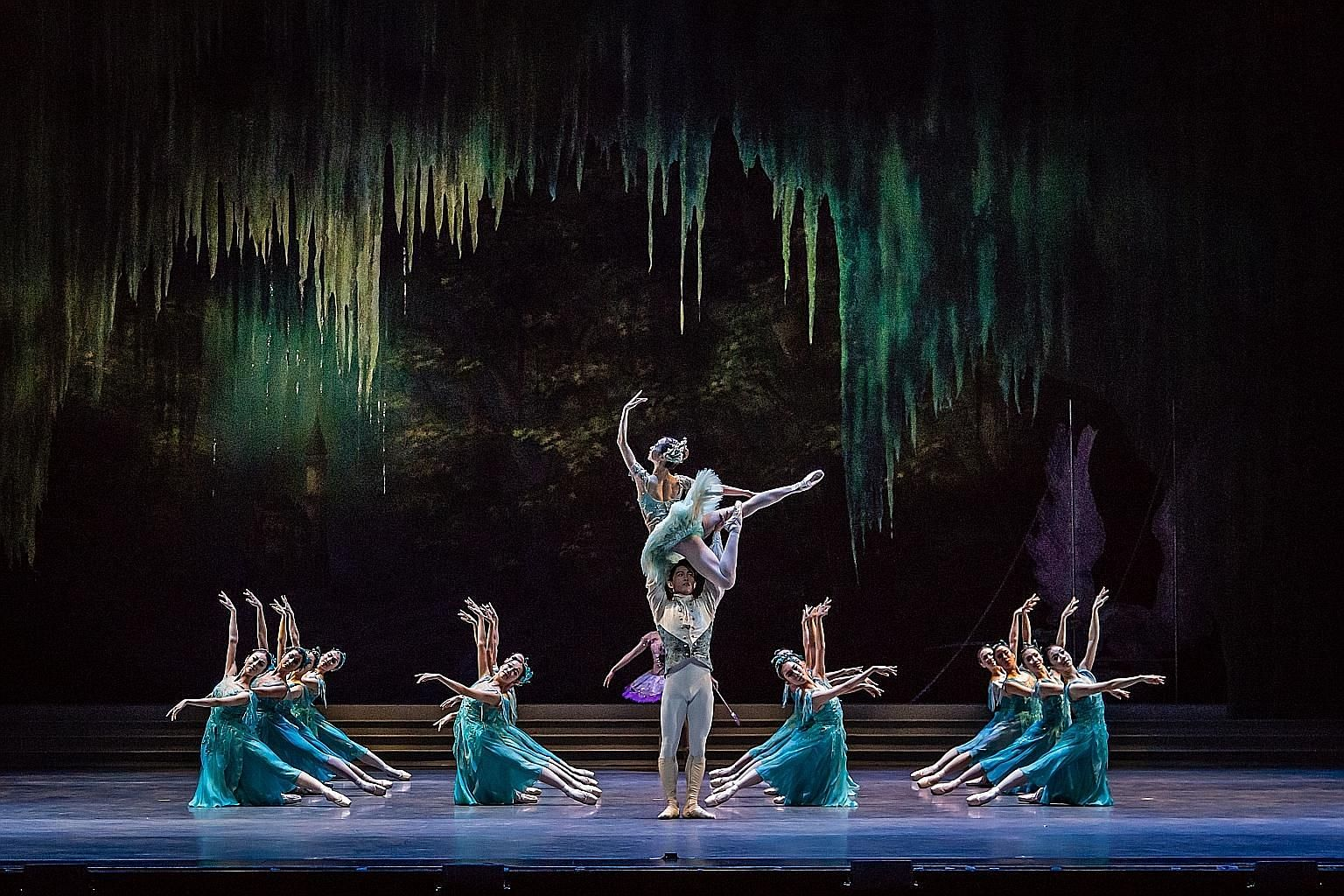 Singapore Dance Theatre's Sleeping Beauty will be performed to live music from the Metropolitan Festival Orchestra.
