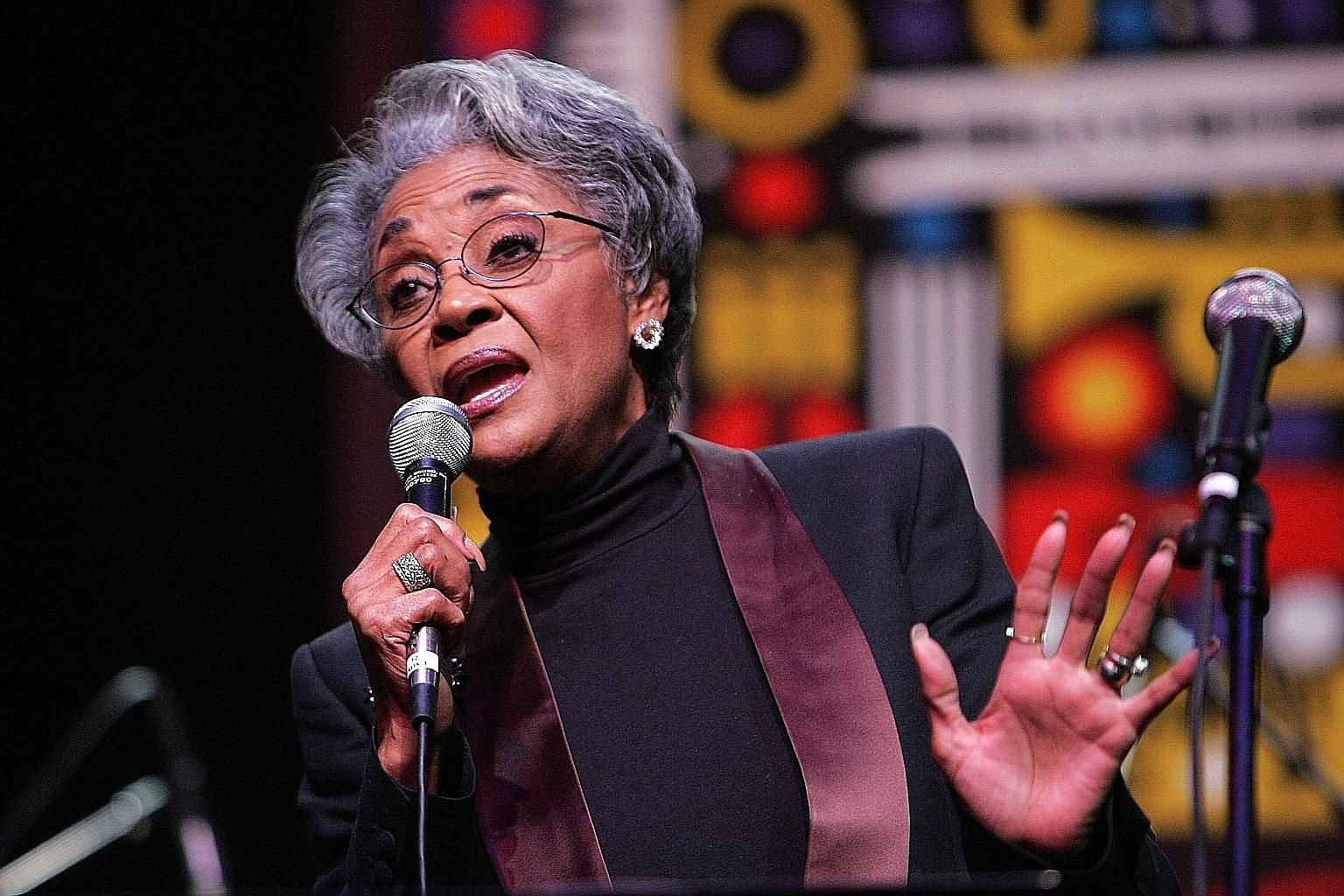 Nancy Wilson performing live onstage at the 17th annual NEA Jazz Masters awards and concert in 2007 in New York City.