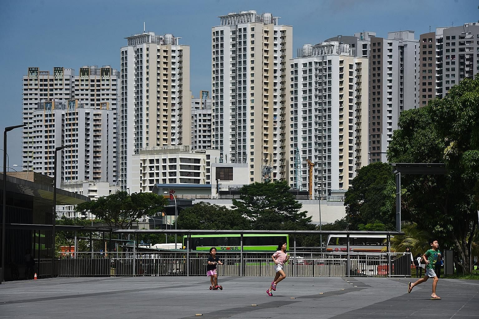 HDB has said that the total Build-To-Order supply this year will be about 15,000 flats - fewer than the 17,000 or so units last year.