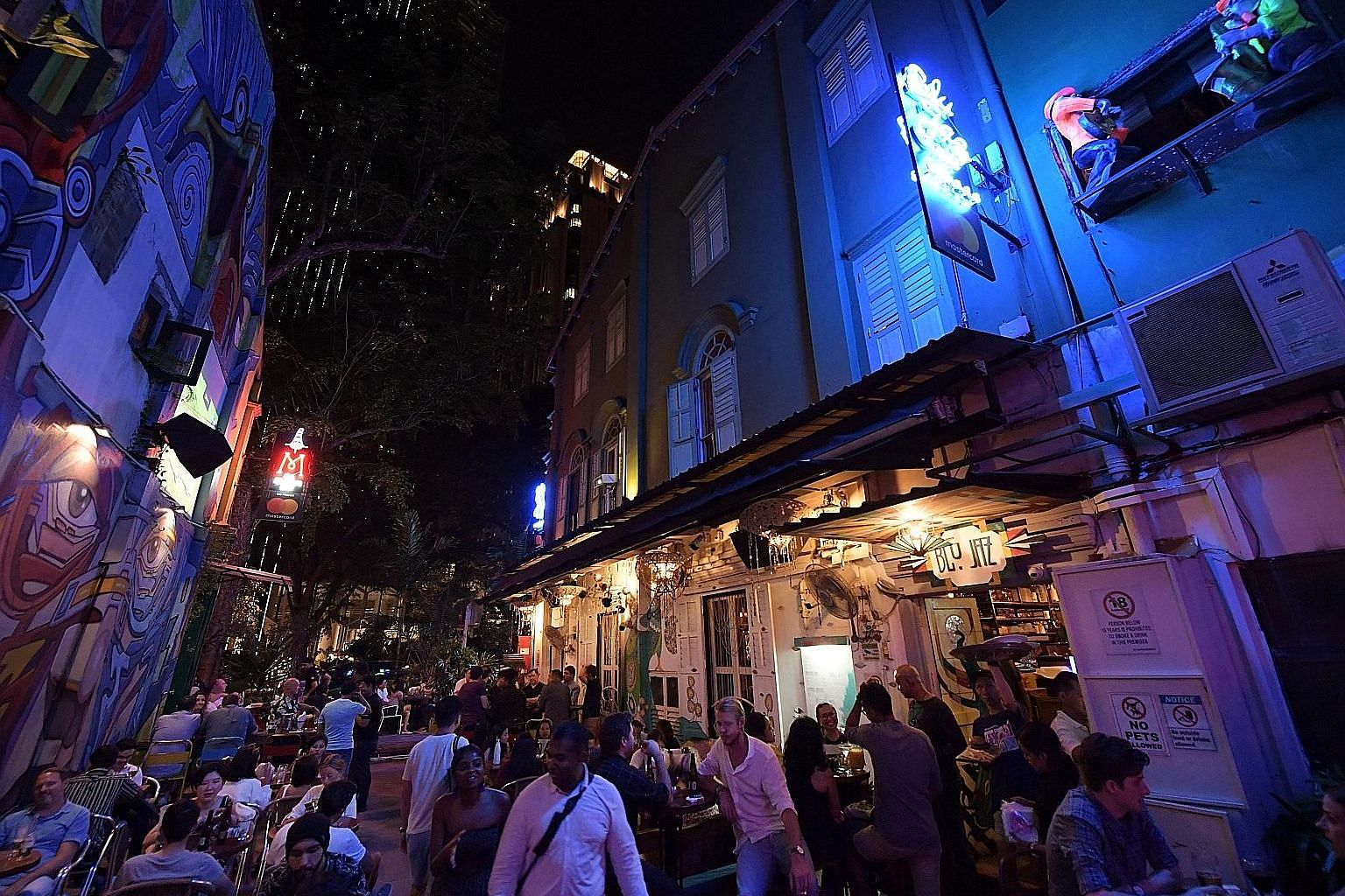 Blue Jaz, a three-level live-music nightspot in Bali Lane, is packed on most Friday nights and a wide range of genres is played, ranging from experimental jazz to pop and rock, or even a mix of them. The venue cannot hold live performances from Feb 1