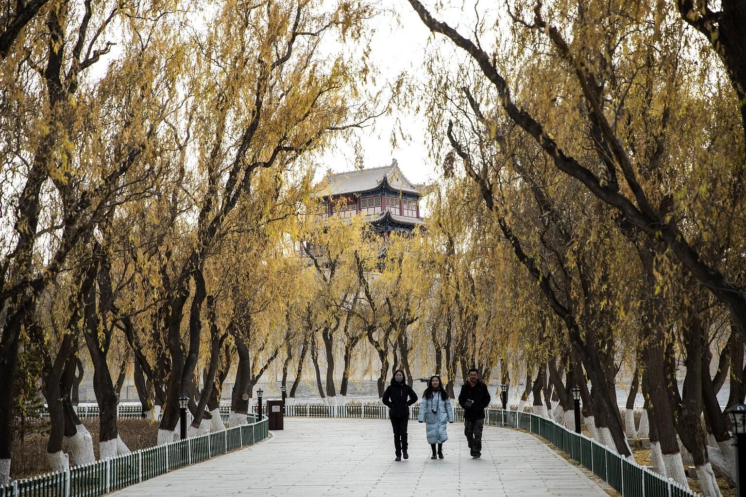The Jiayuguan fortress in Gansu province is the westernmost pass of the Great Wall of China. In the Chinese national anthem, the Chinese talked about rebuilding a new Great Wall. This is because it is difficult enough organising the Han people and ot