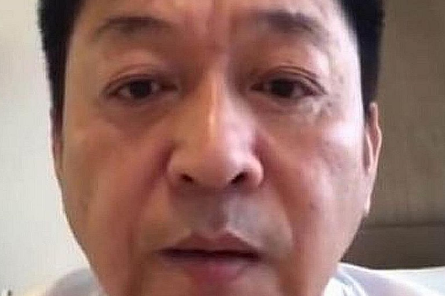 Taiwanese actor Tuo Chung-hua, 56, was arrested when the China Airlines flight landed here and the police are investigating.