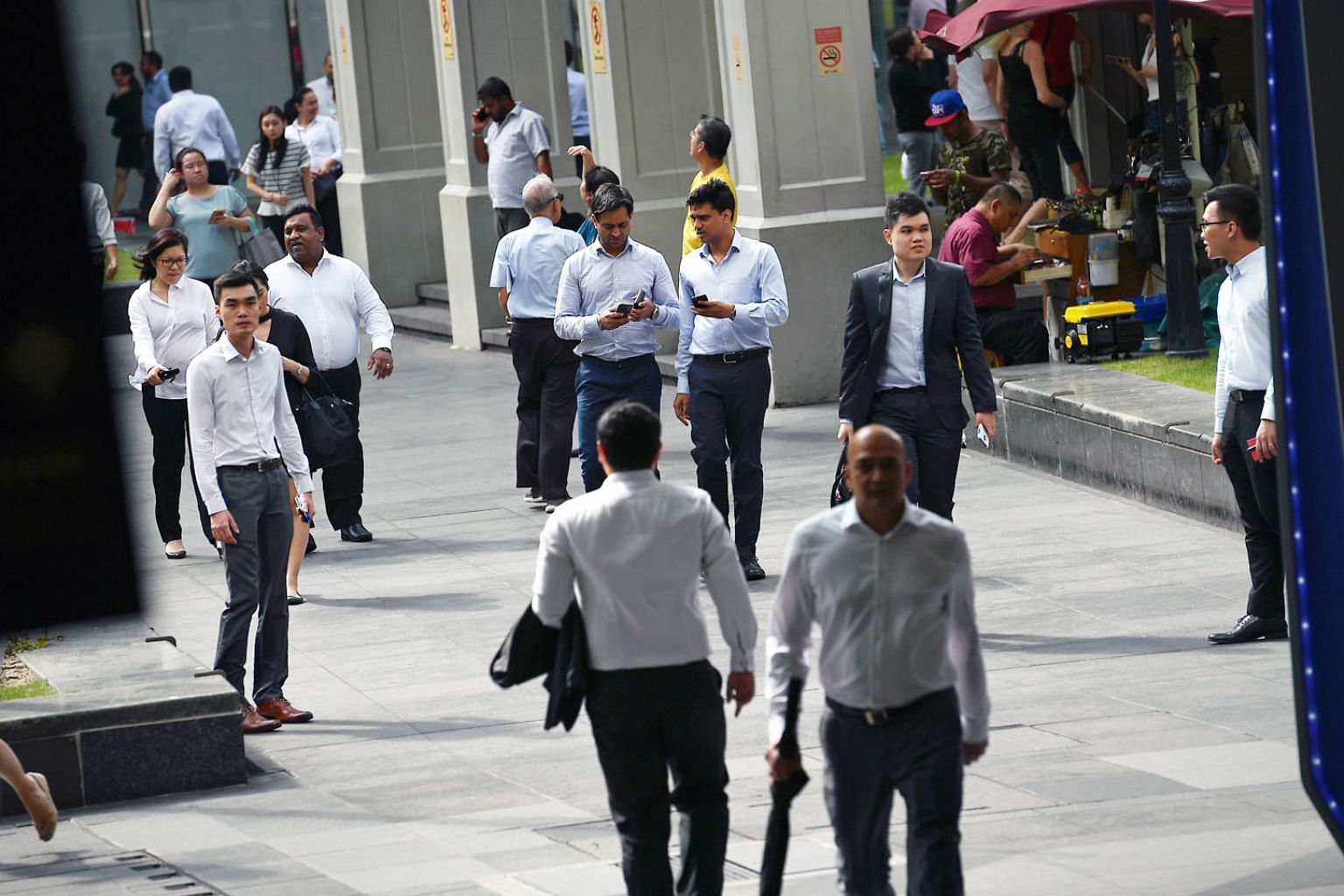 More local residents - meaning Singaporeans and permanent residents - were in jobs, and their annual average unemployment and long-term unemployment rates fell slightly last year.