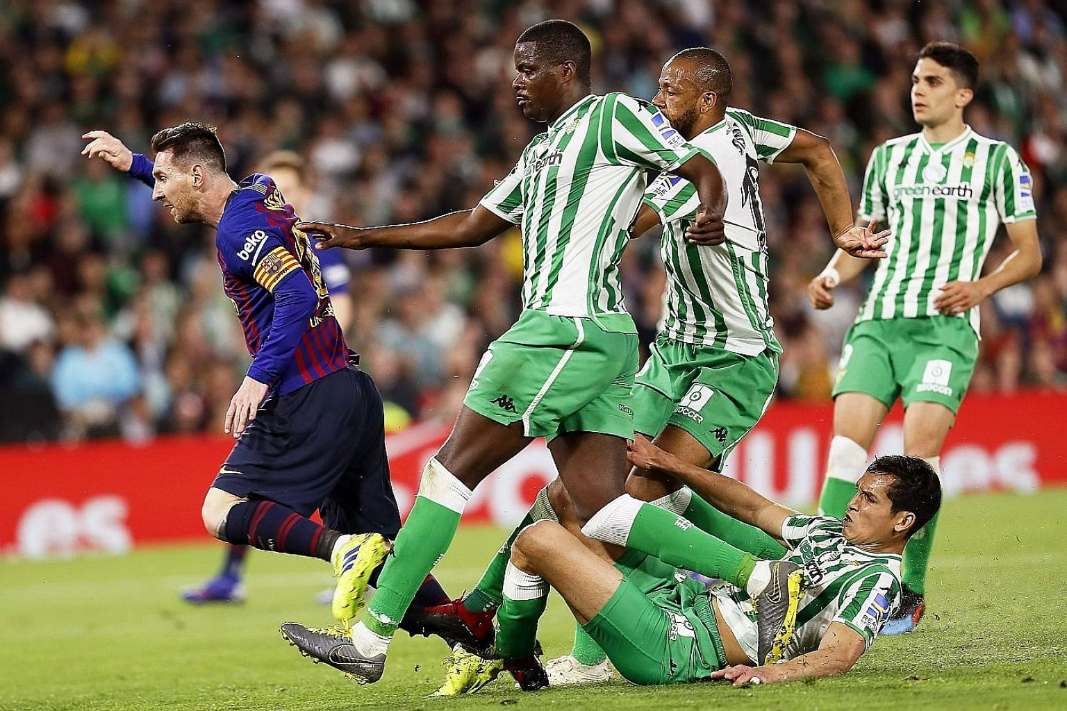 Real Betis defenders could not stop Lionel Messi from his scrumptious hat-trick in a 4-1 win, leaving Barcelona 10 points clear atop LaLiga.