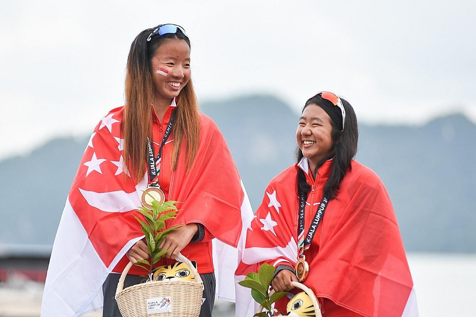 Cheryl Teo (far left) and Yukie Yokoyama won gold at the SEA Games in 2017 and finished fourth at the Asian Games last year.