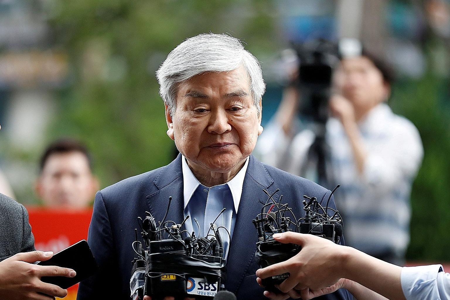 Korean Air chairman and chief executive Cho Yang-ho arriving at a prosecutor's office in Seoul in June last year. The late Mr Cho, who was indicted last year on charges of embezzlement and breach of trust, denied the charges.